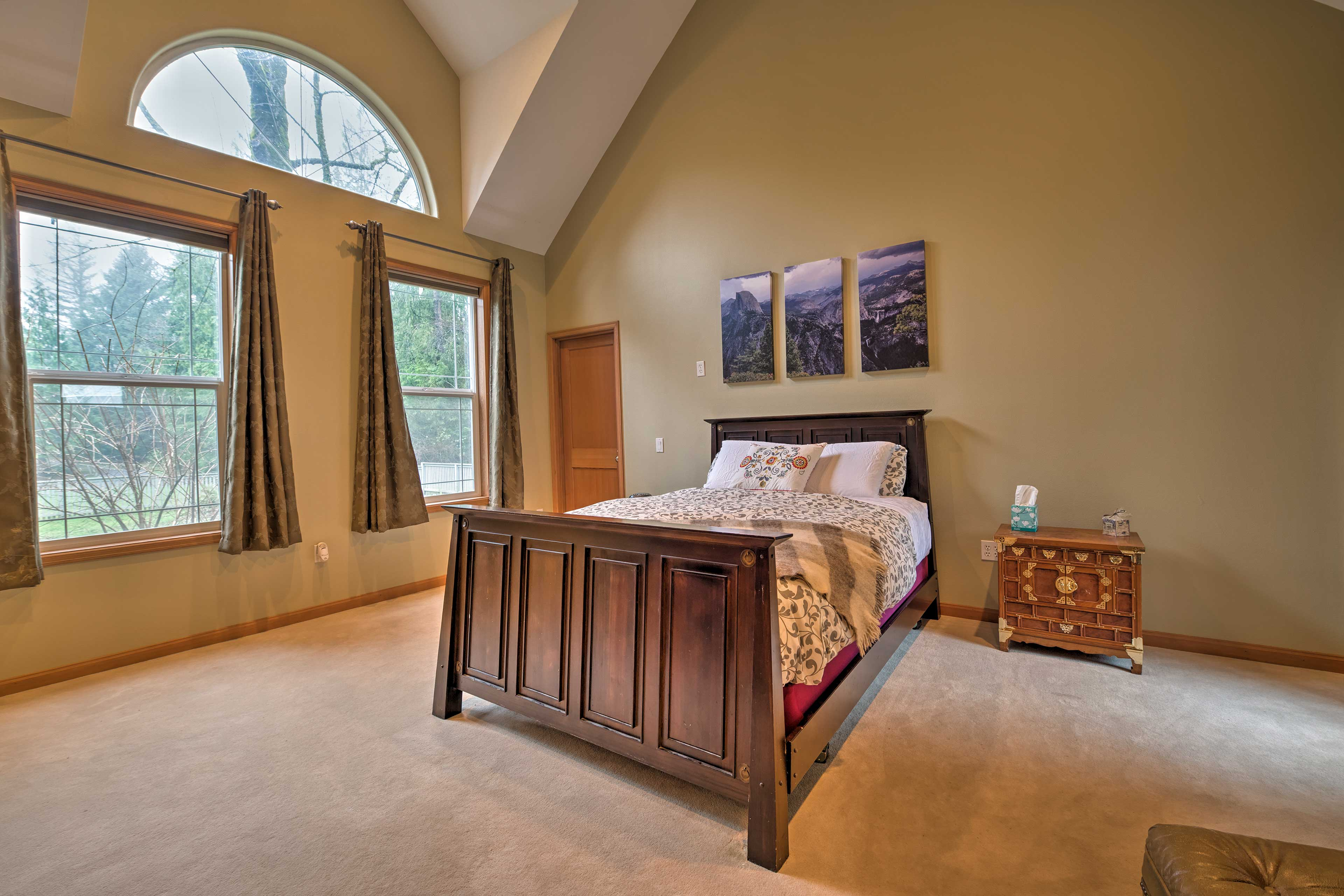Wake up to the natural morning light as you cuddle in the queen bed.