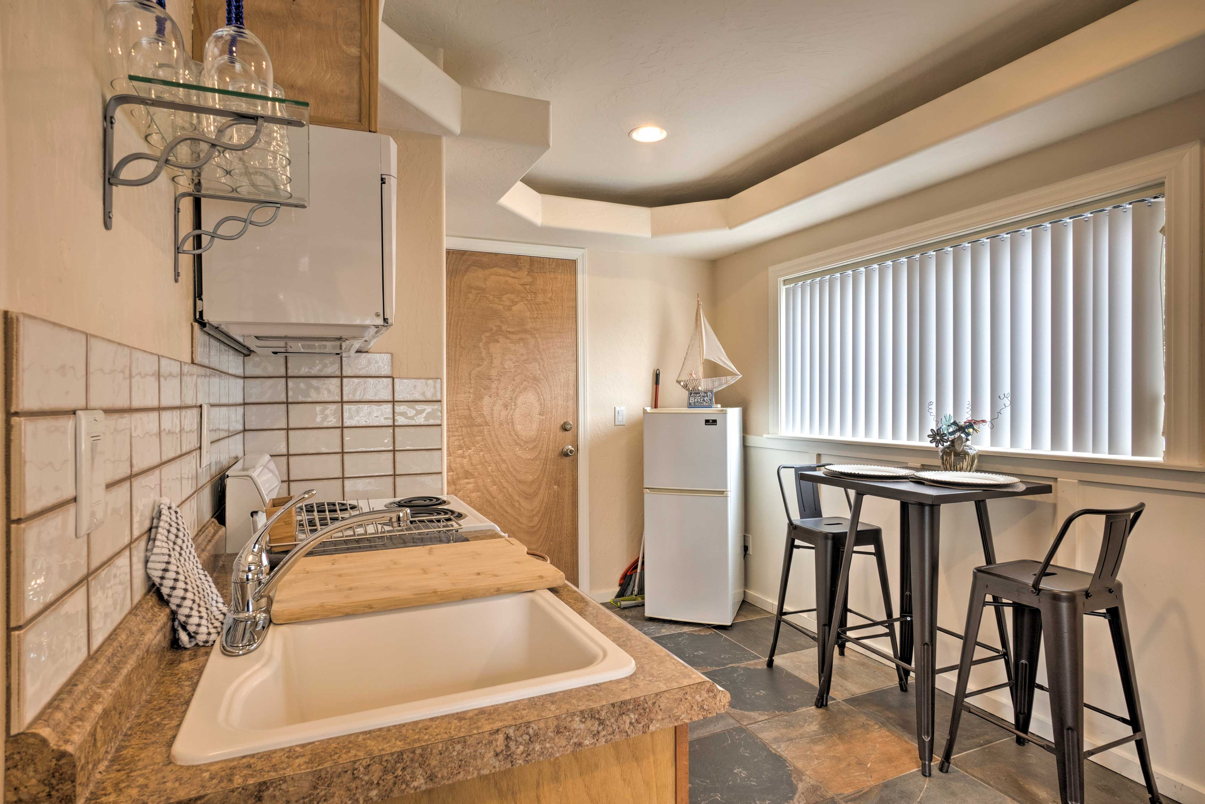 The cozy interior is filled with modern amenities!