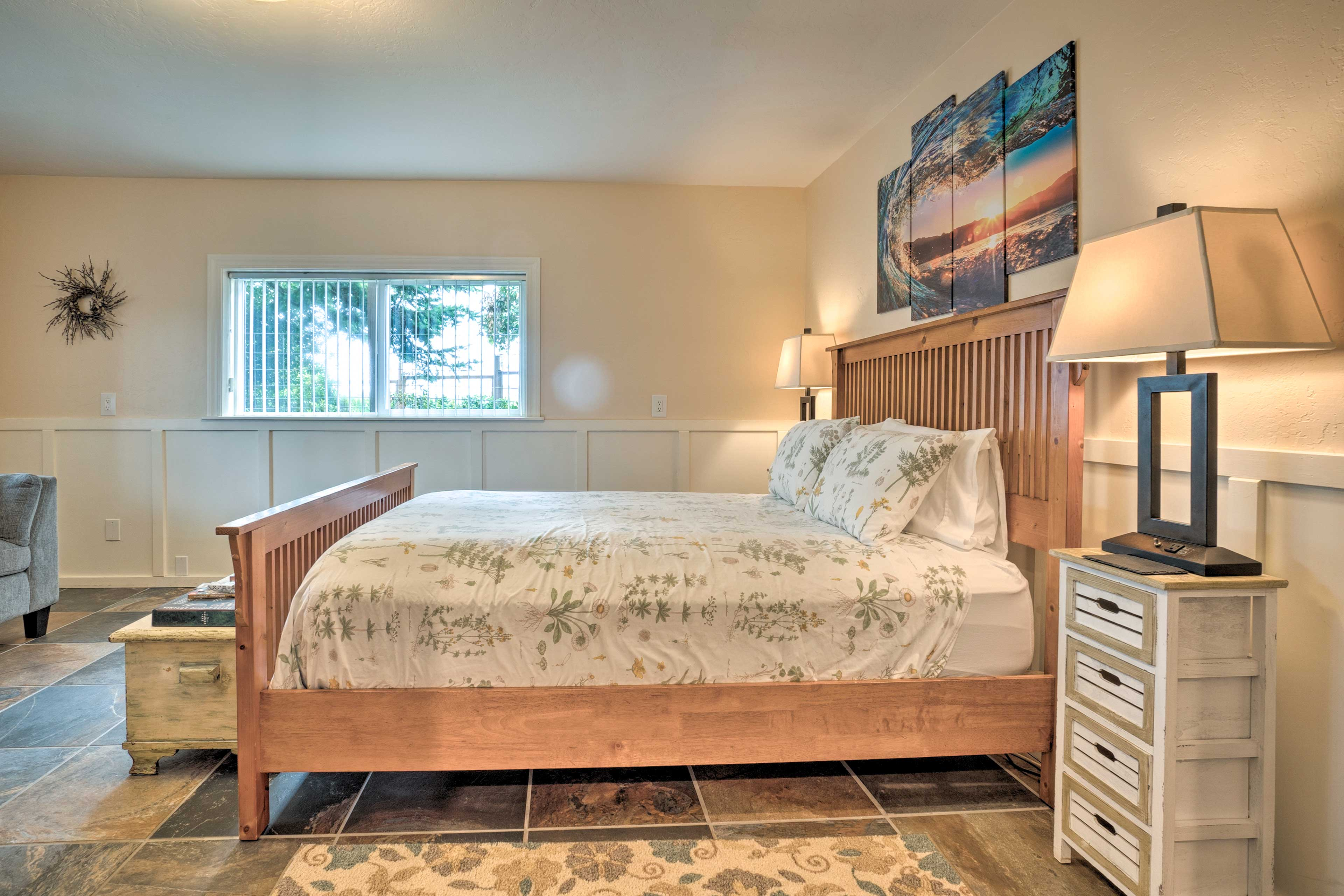 With a plush queen bed, the bedroom sleeps 2.