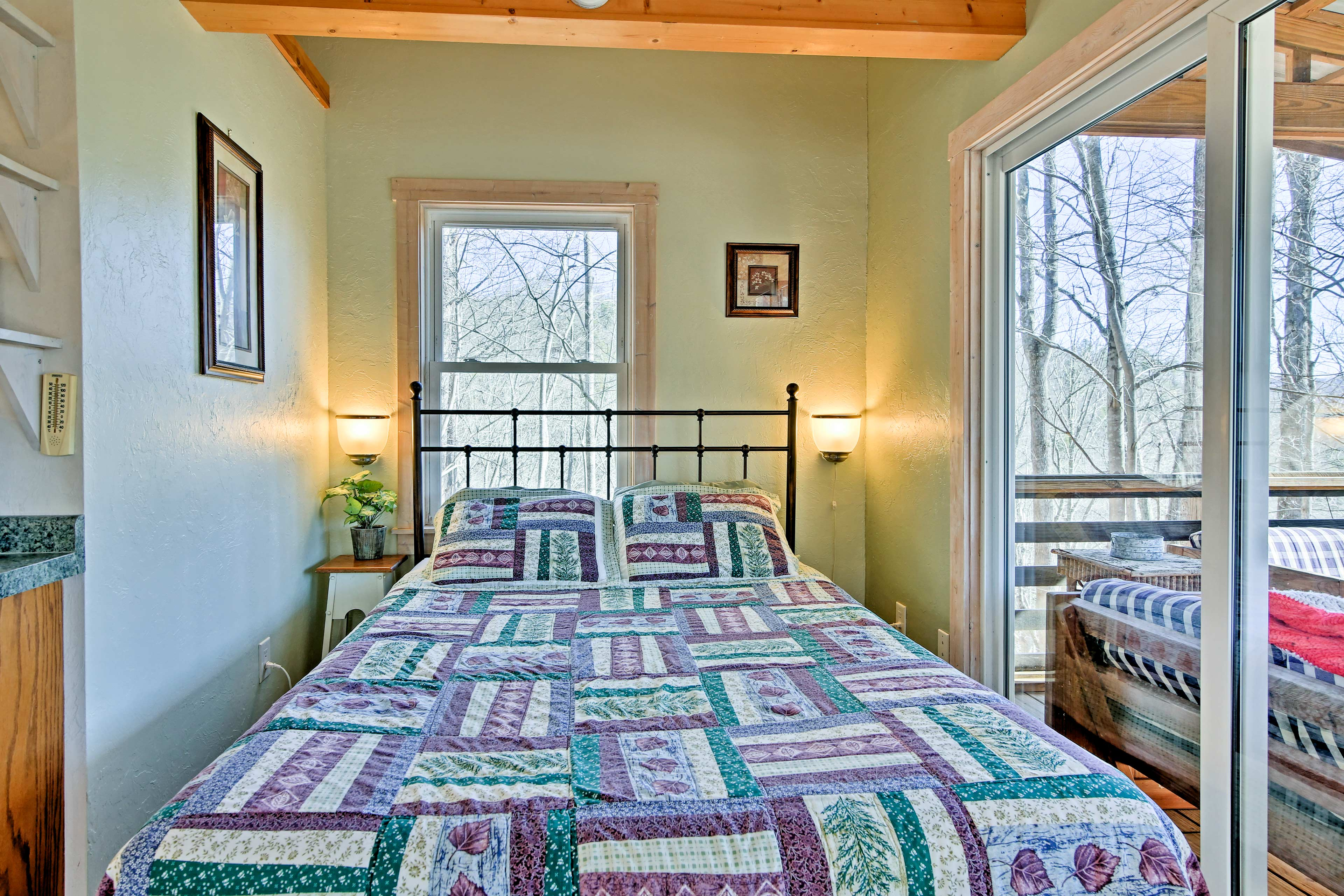 Crawl into the queen bed for a peaceful slumber.