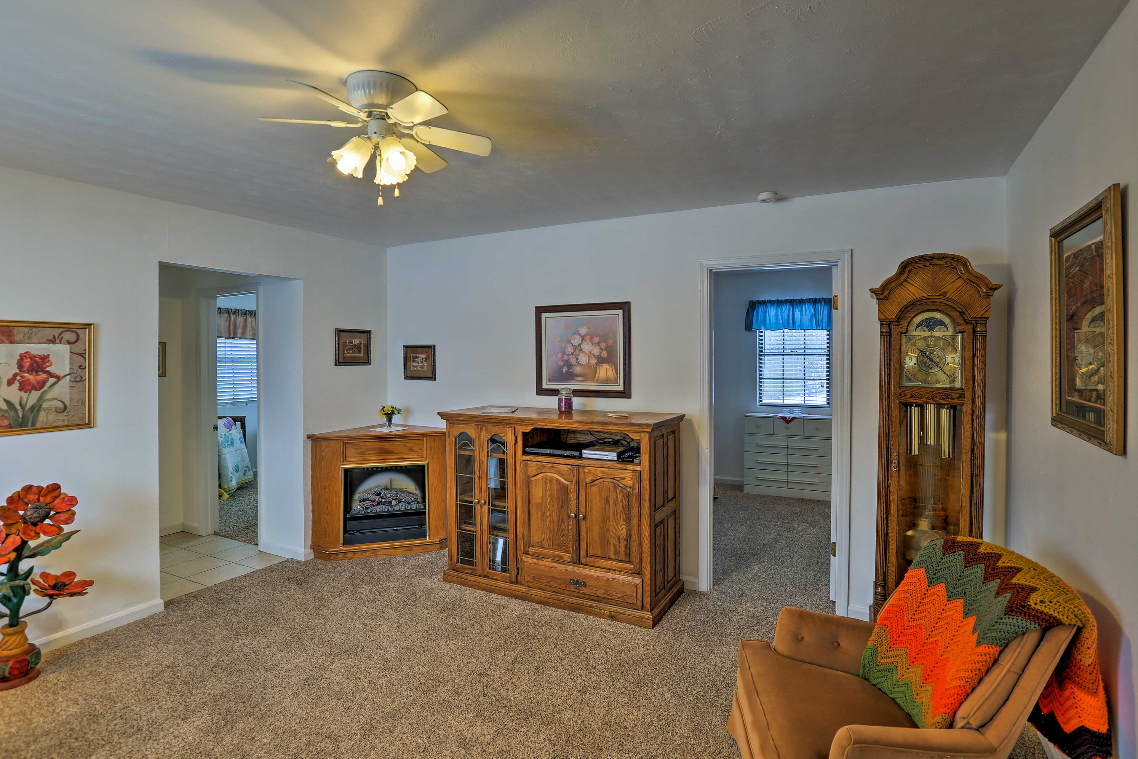Plan your next country escape to this remote 2-bed, 2-bath house in Ironton.