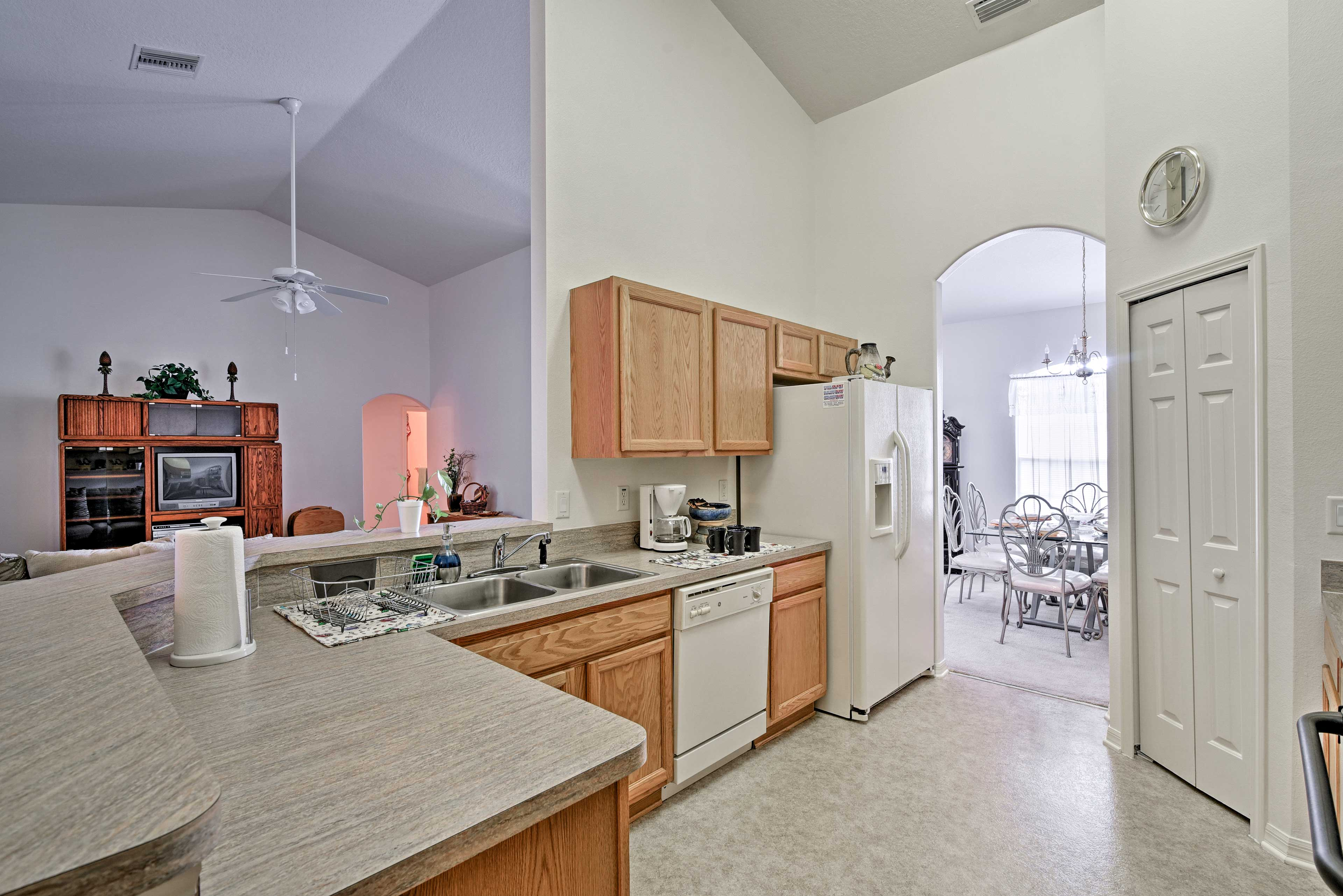 Designated chefs will be able to cook with ease in the fully-equipped kitchen.