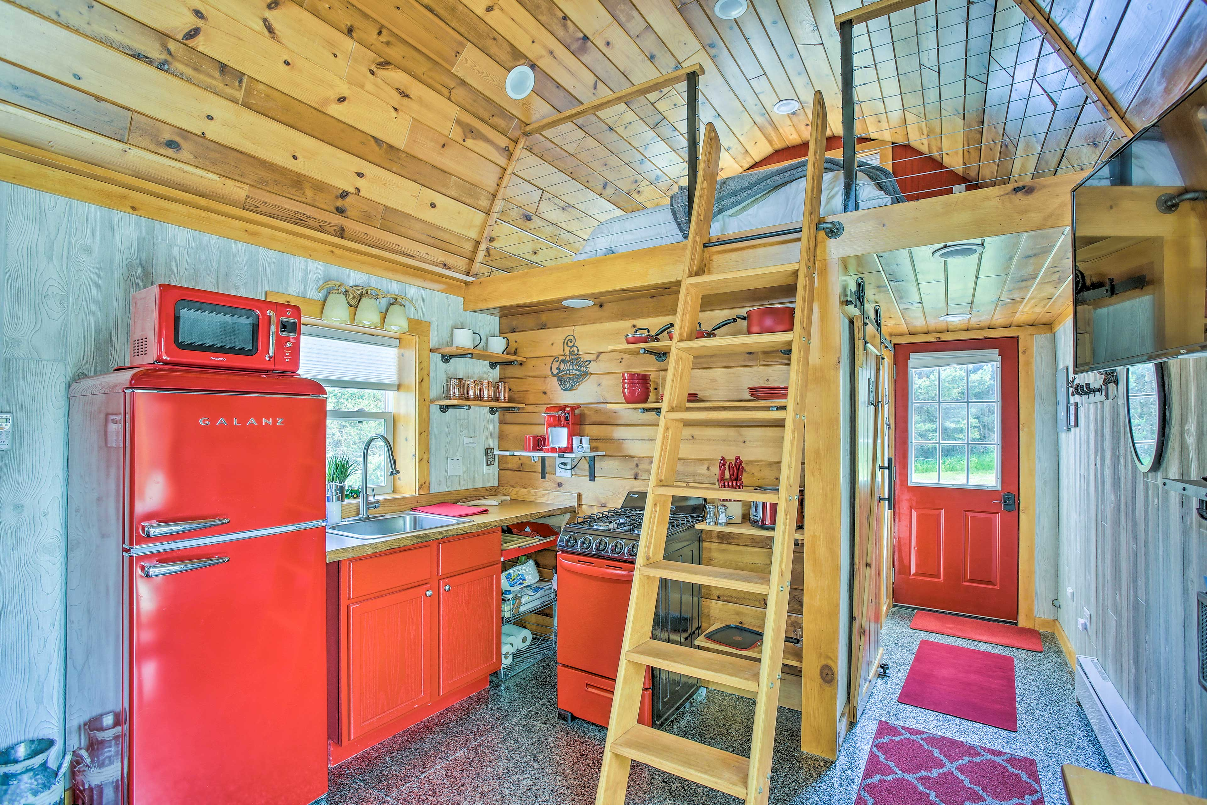 Kitchen | Well-Equipped | Ladder to Loft