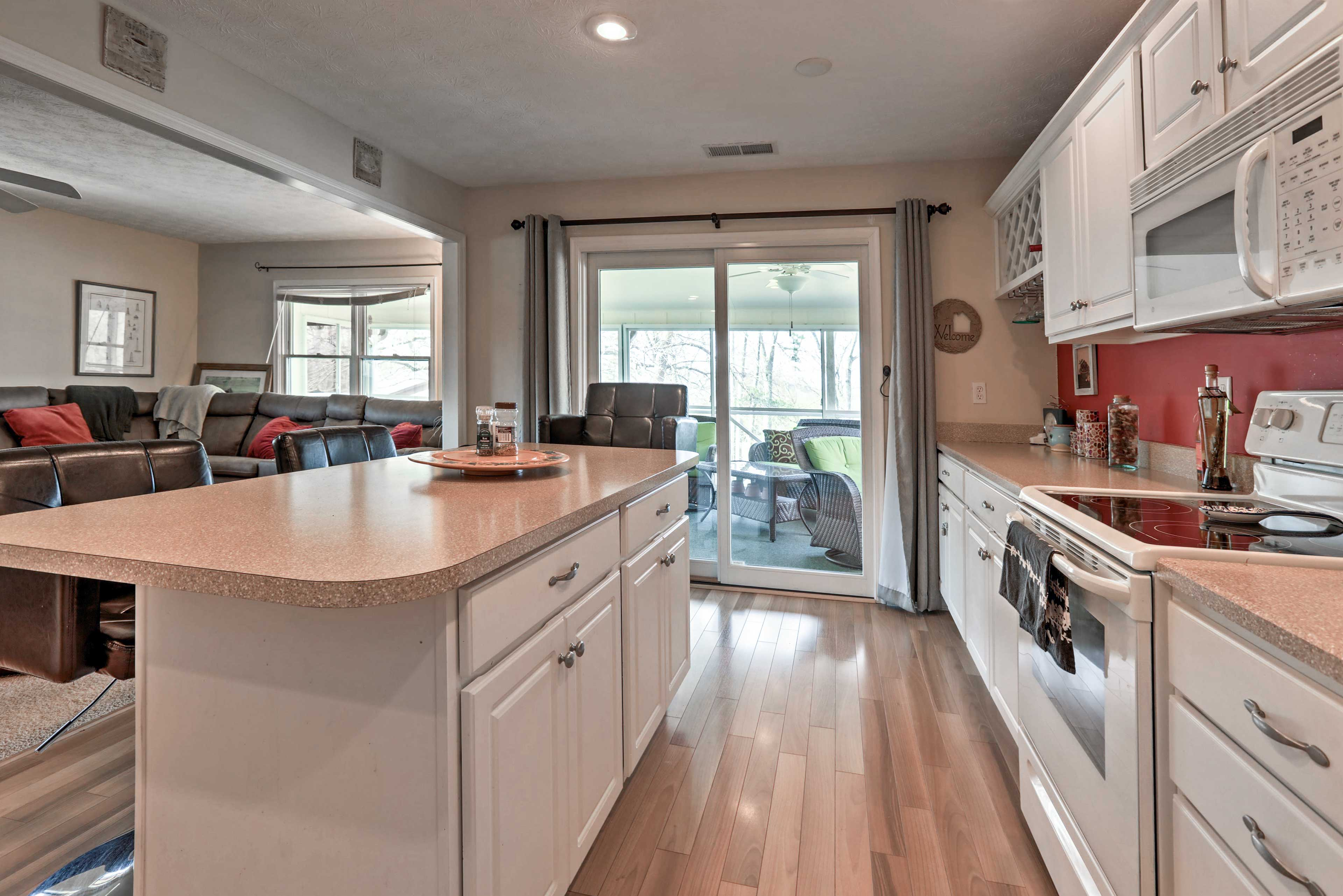 You'll love all the counter space, perfect for preparing your favorite meals.