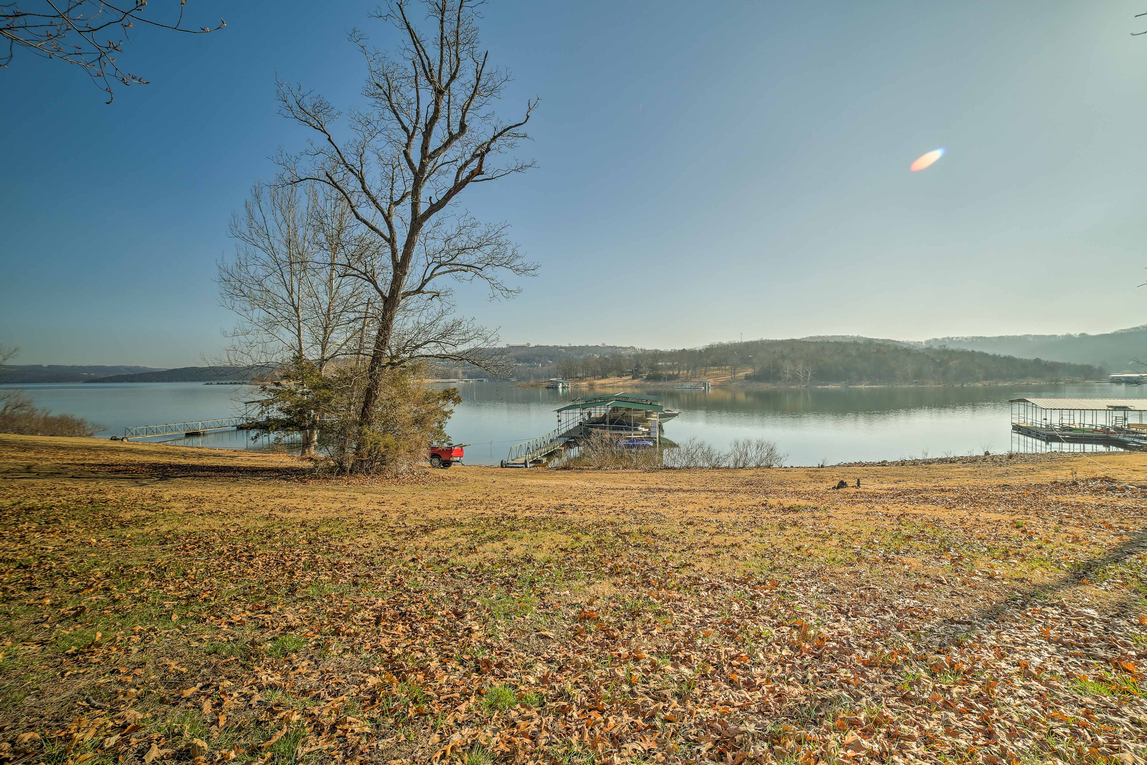 This 4-bedroom, 2-bath home with stunning lake views is perfect for 10 guests.