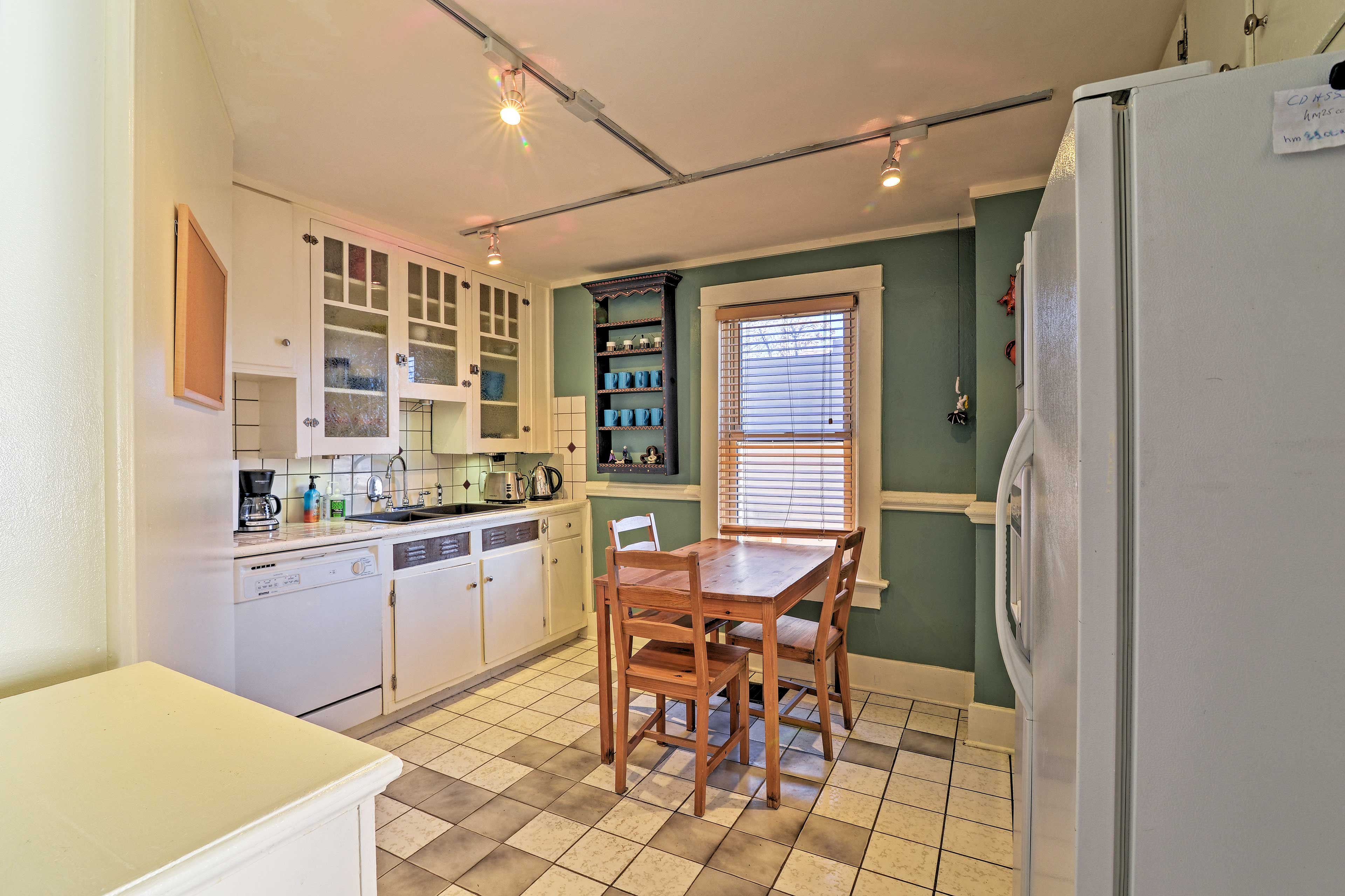 Enjoy your morning coffee at the 3-person dining table in the kitchen.