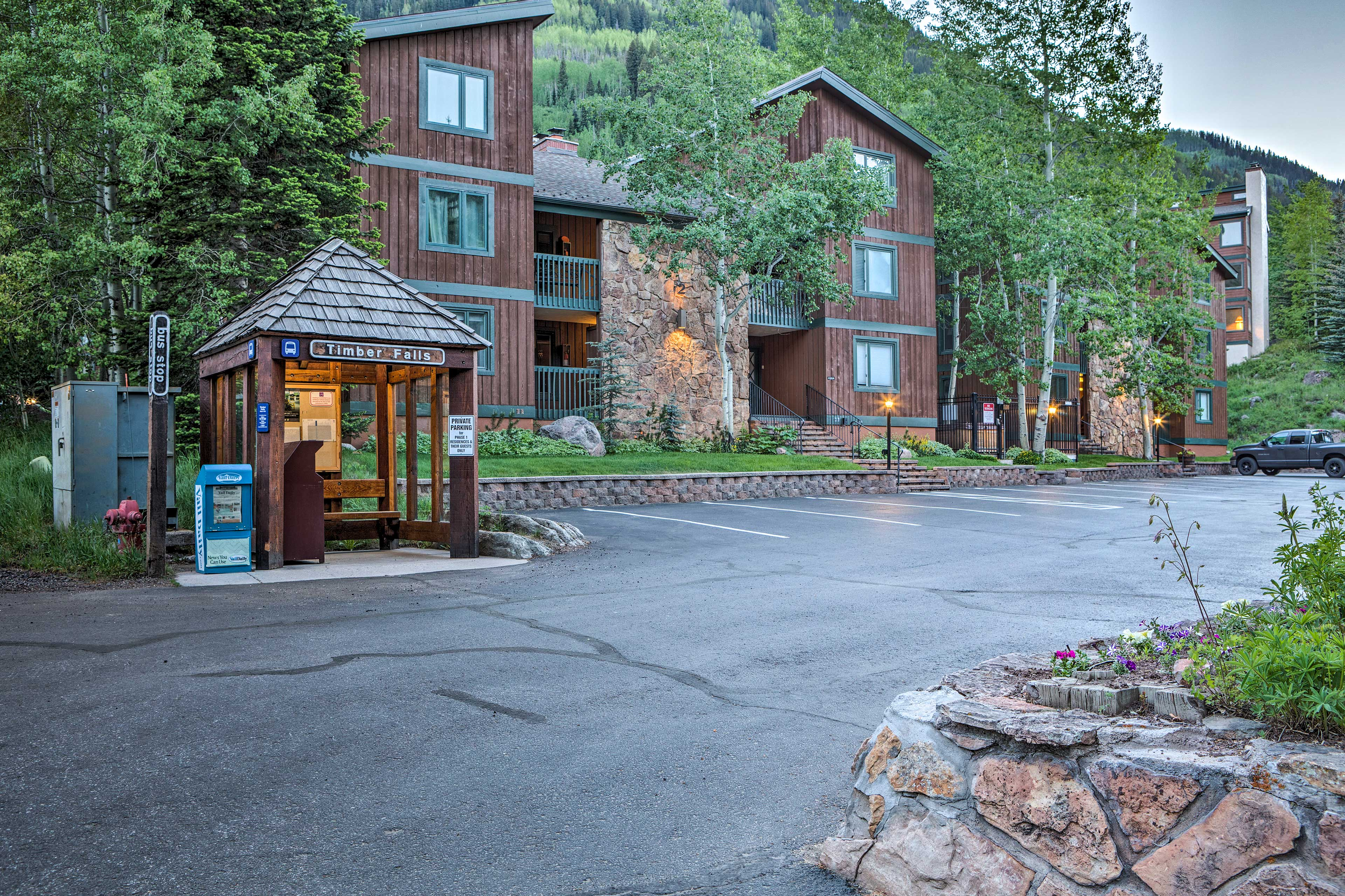 Look forward to easily accessible adventures at this Vail condo!