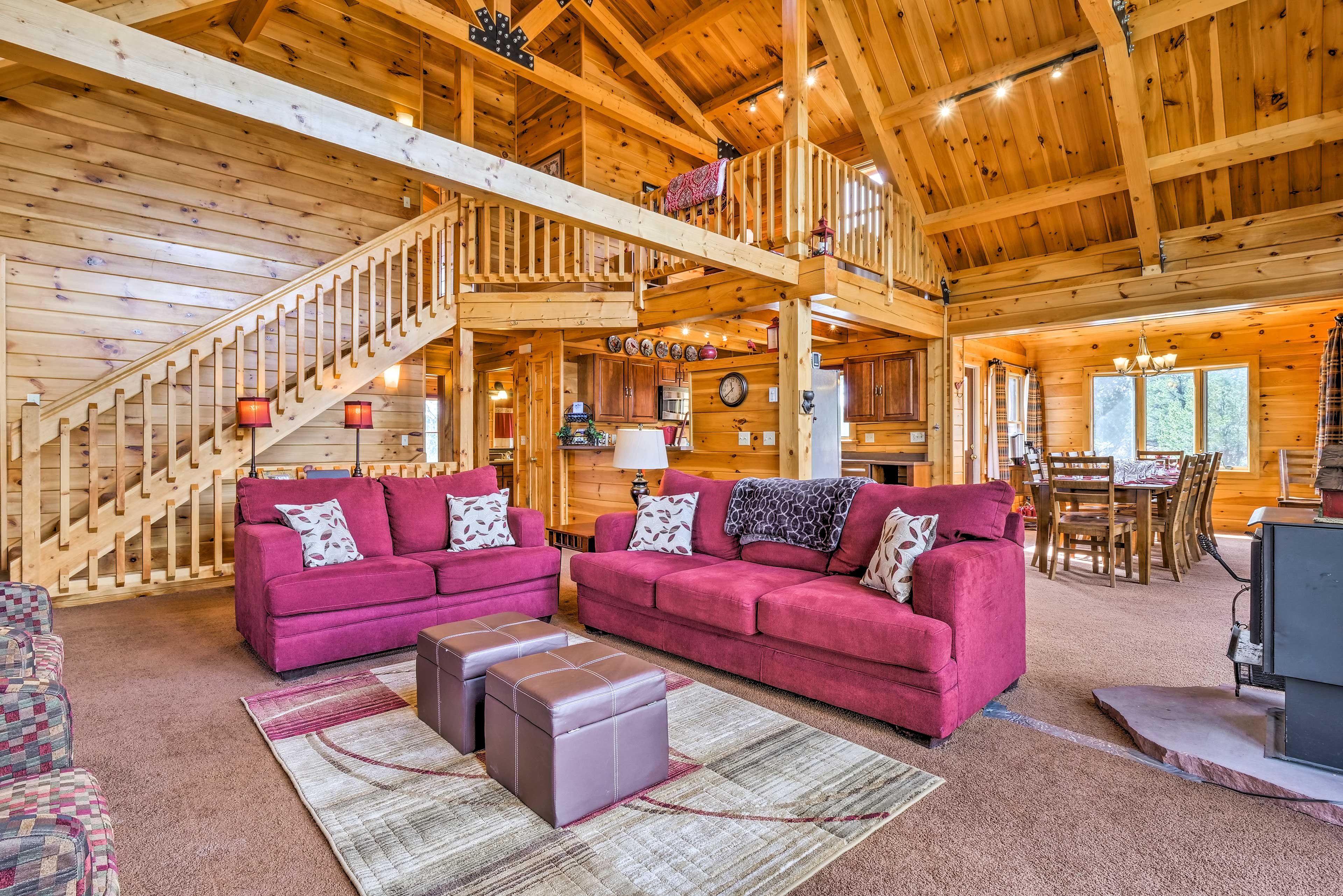 Get away from it all at this 4-bed, 4-bath vacation rental home in Nathrop!