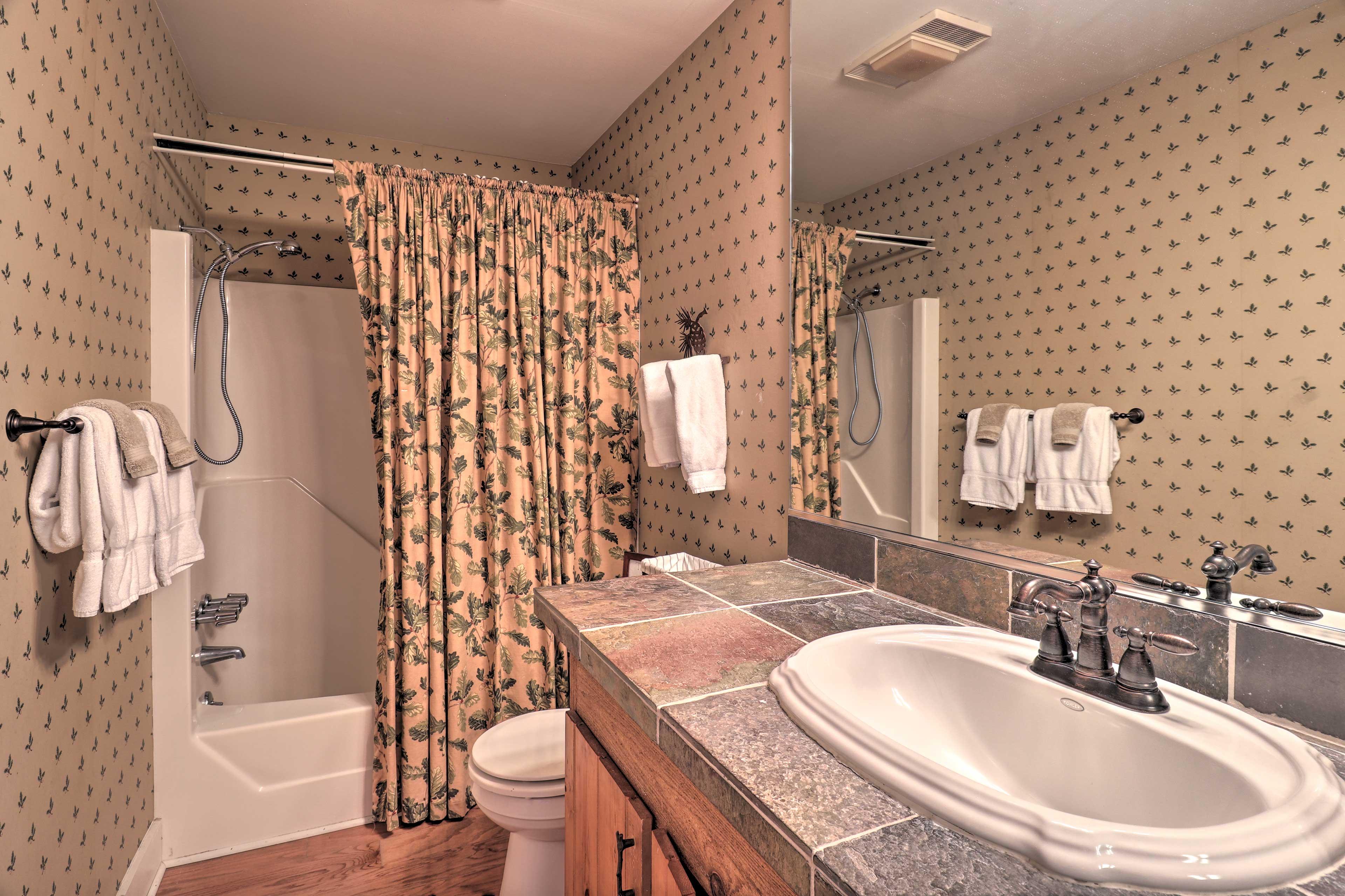 Full Bathroom   En-Suite