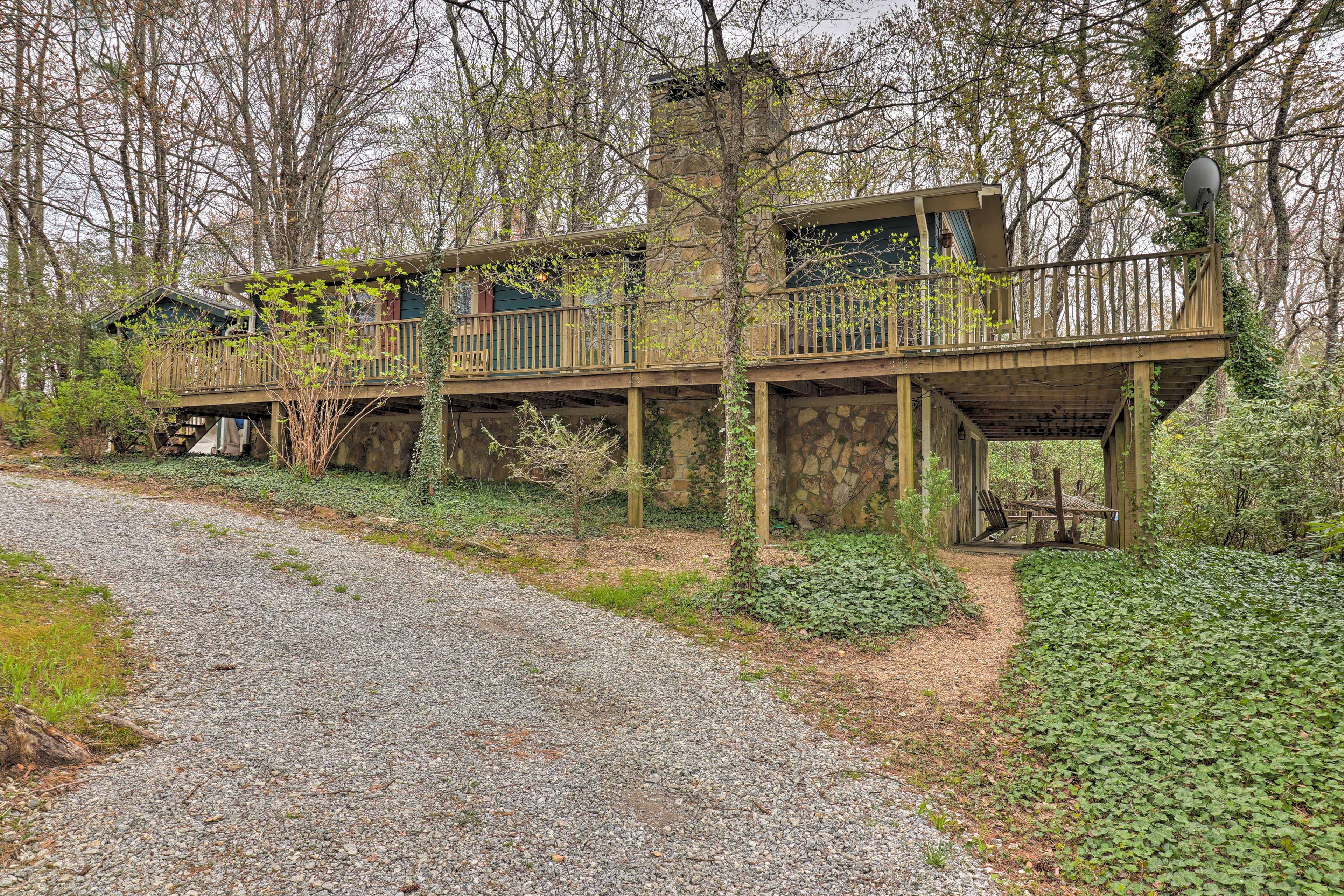 Exterior   Wraparound Deck   Lower-Level Patio   Natural Surroundings
