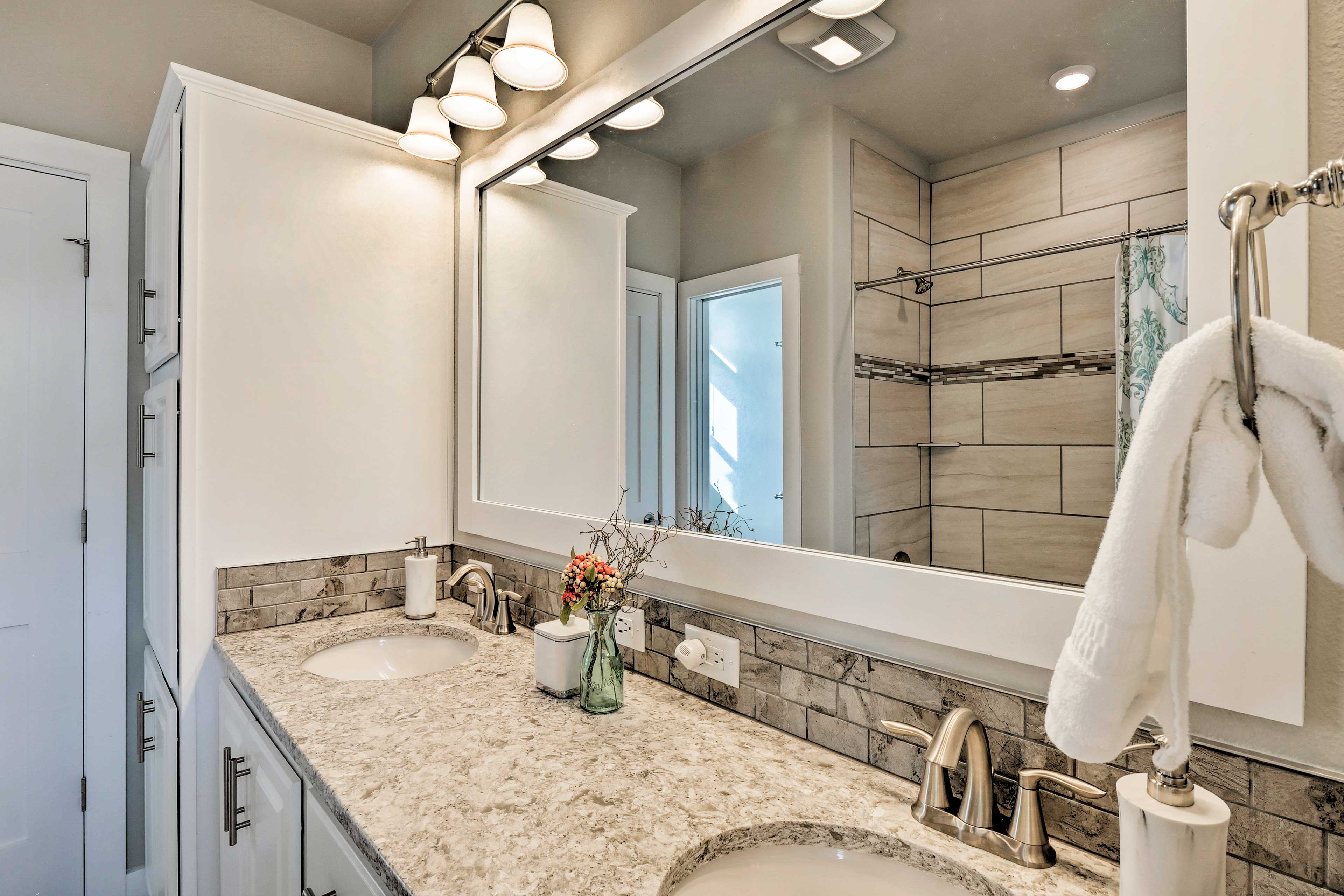 Enjoy a quick rinse in the shower or a long soak in the tub.