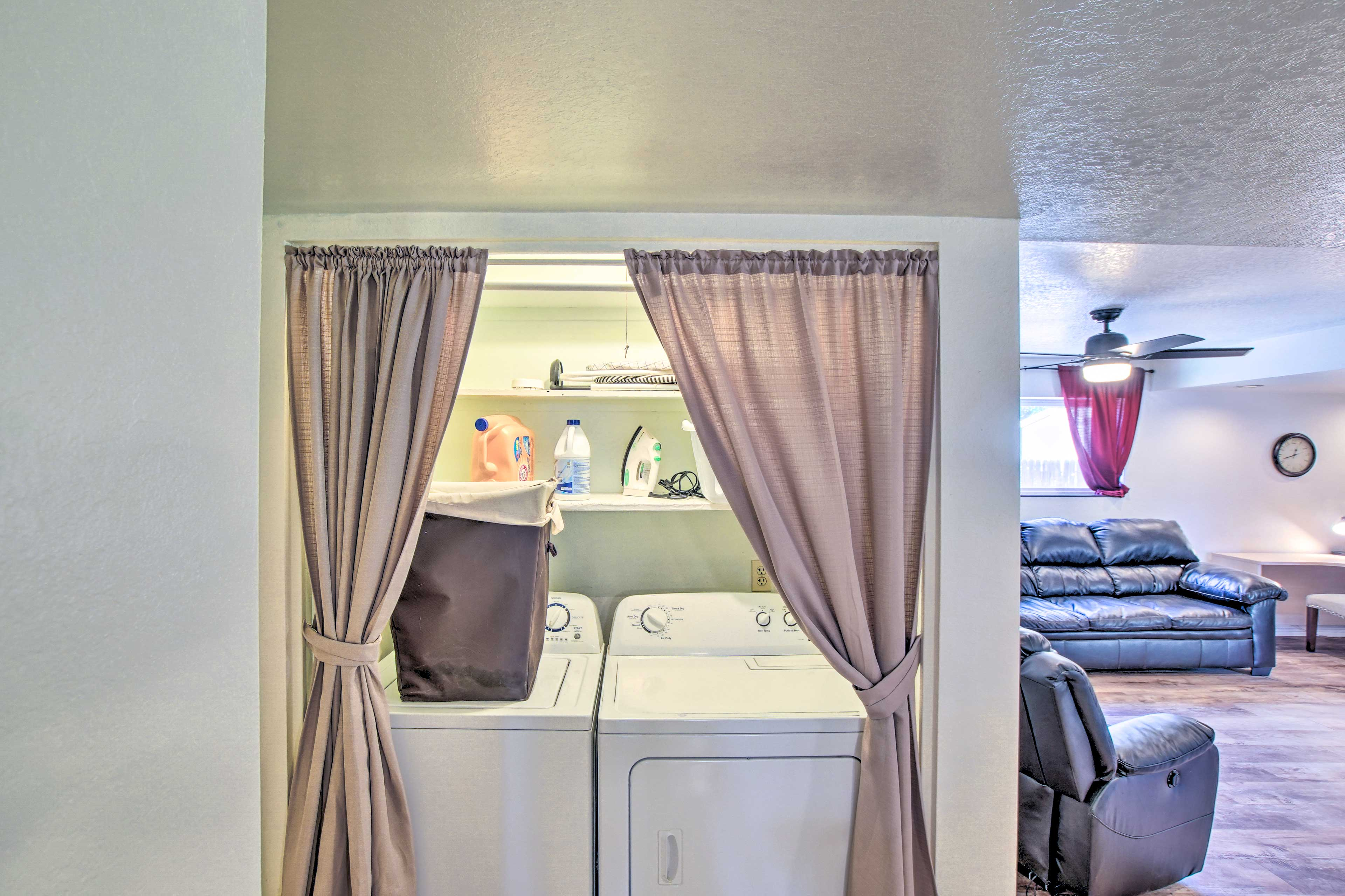 Laundry Closet | Full-Sized Washer/Dryer