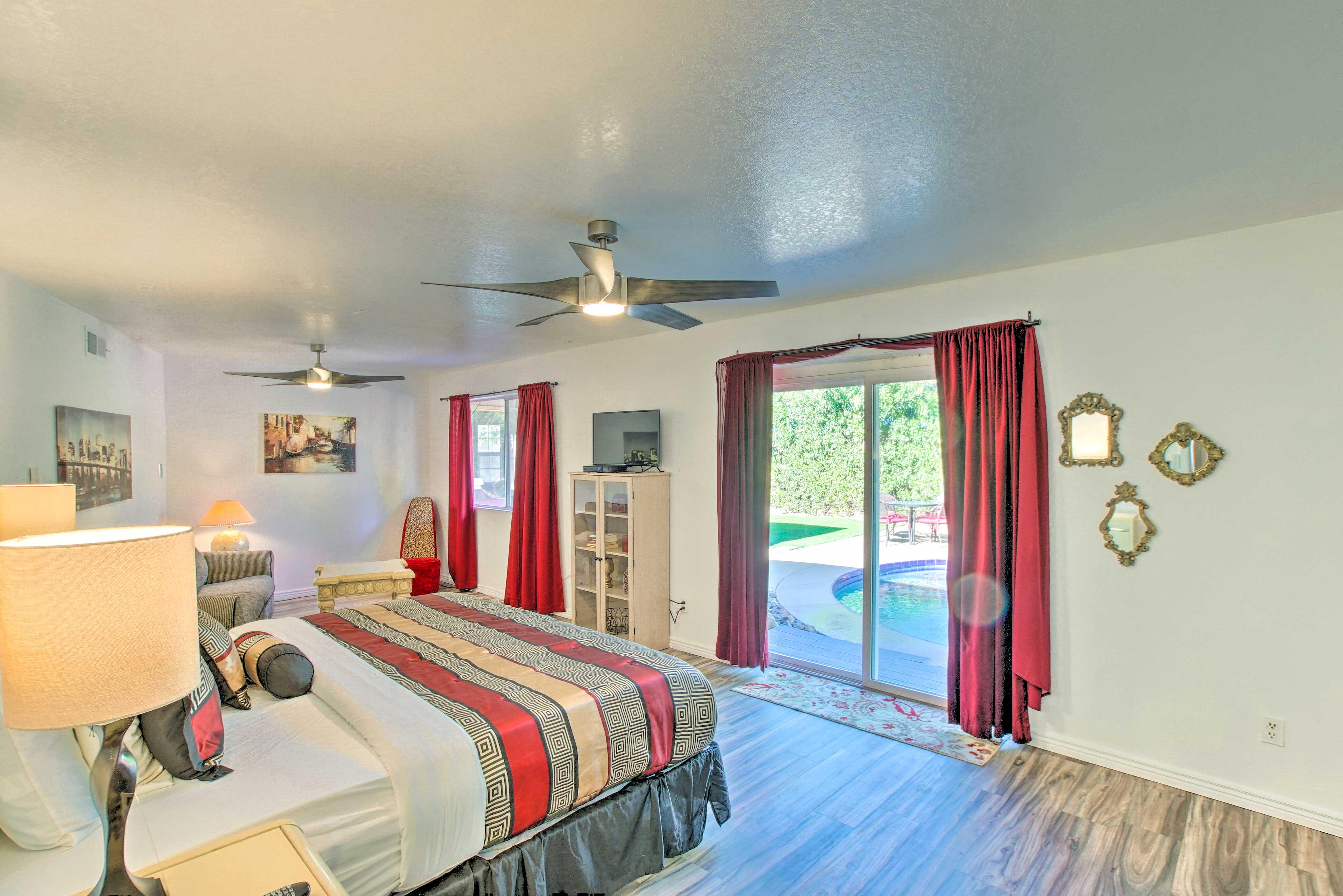 Bedroom 1 | King Bed | Backyard Access