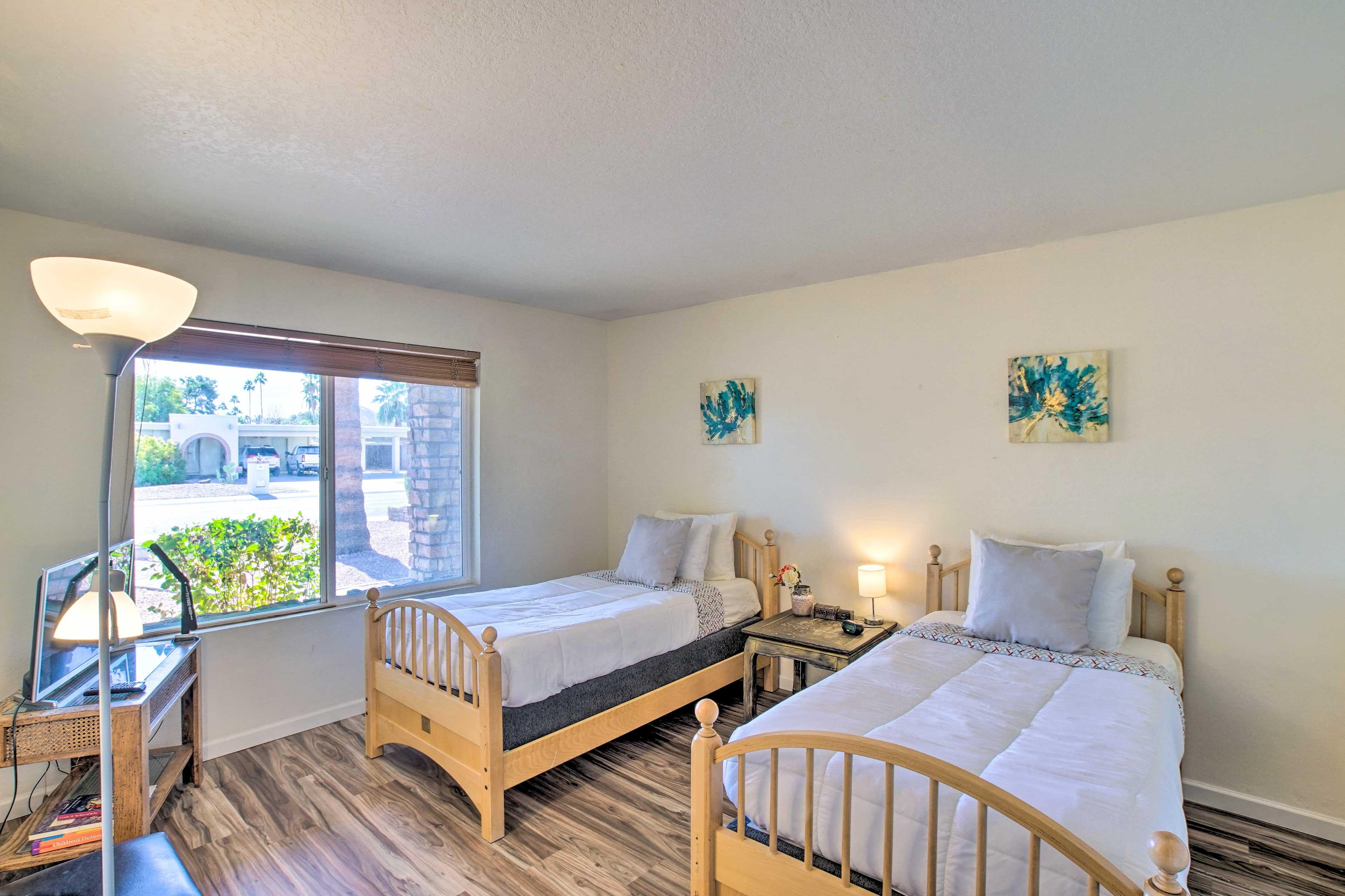 Bedroom 4 | 2 Twin Beds