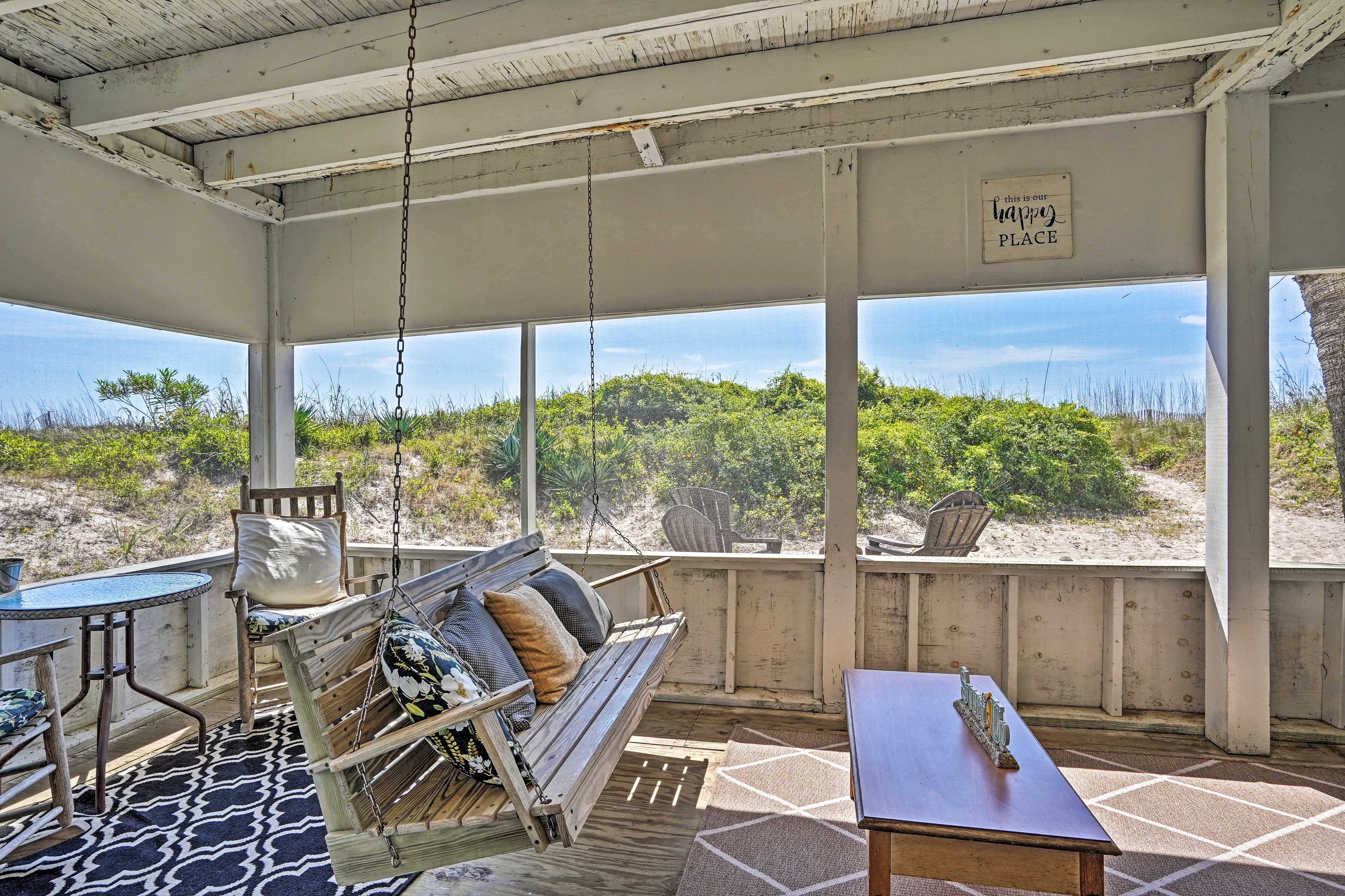 Screened-In Porched   Steps from Beach