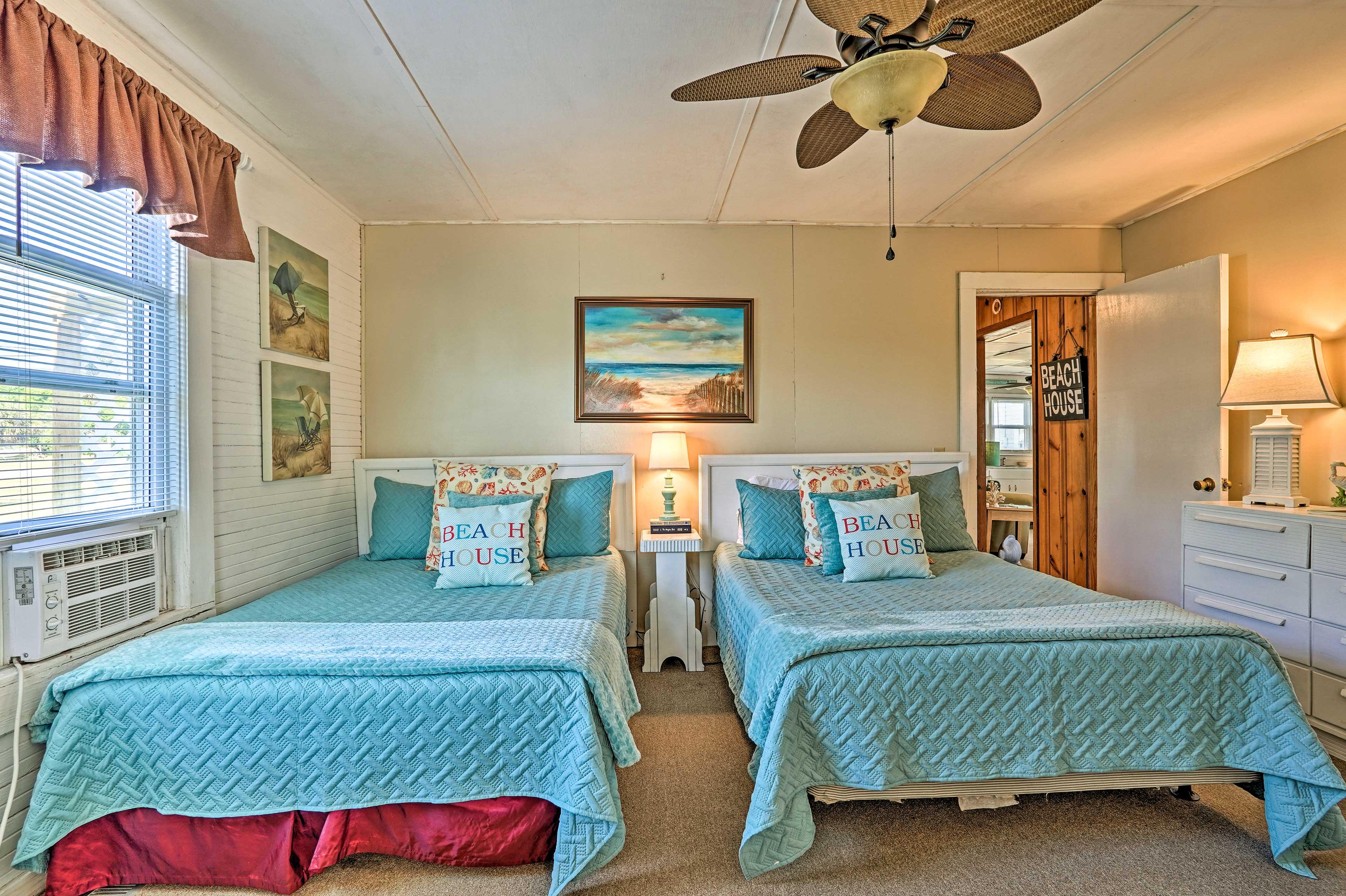 Bedroom 1   2 Full Beds
