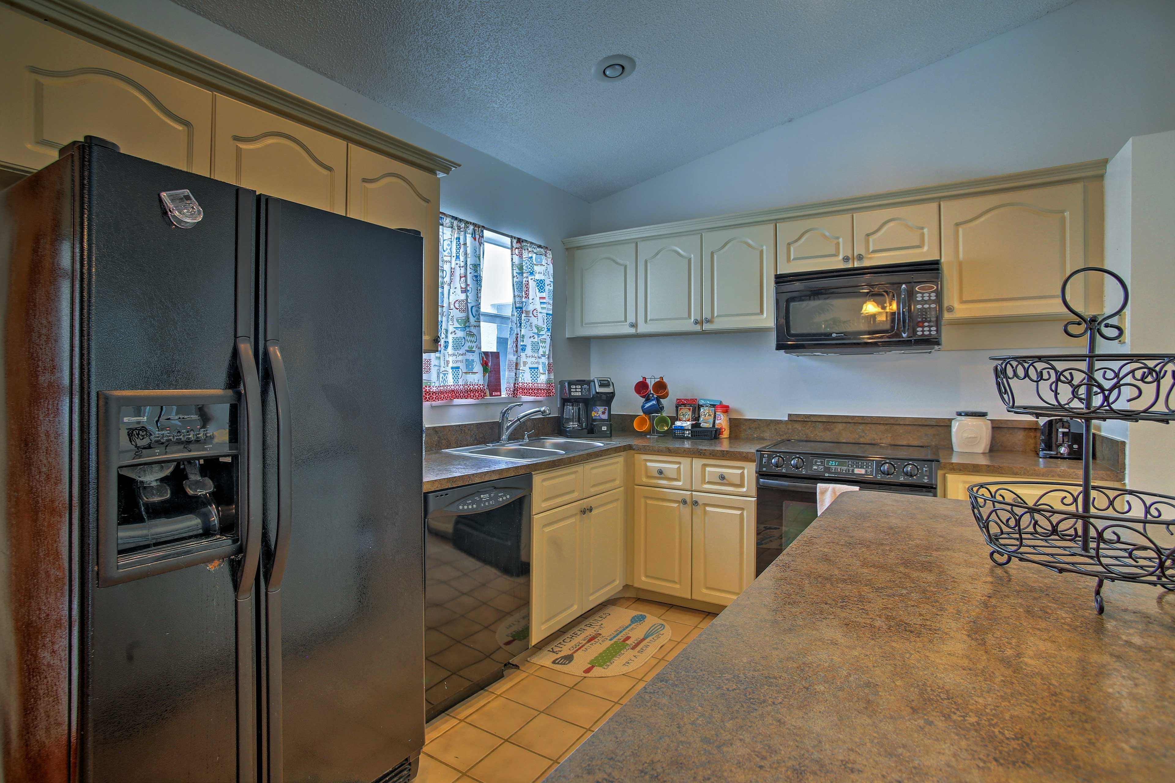 There are never too many cooks in this spacious kitchen.