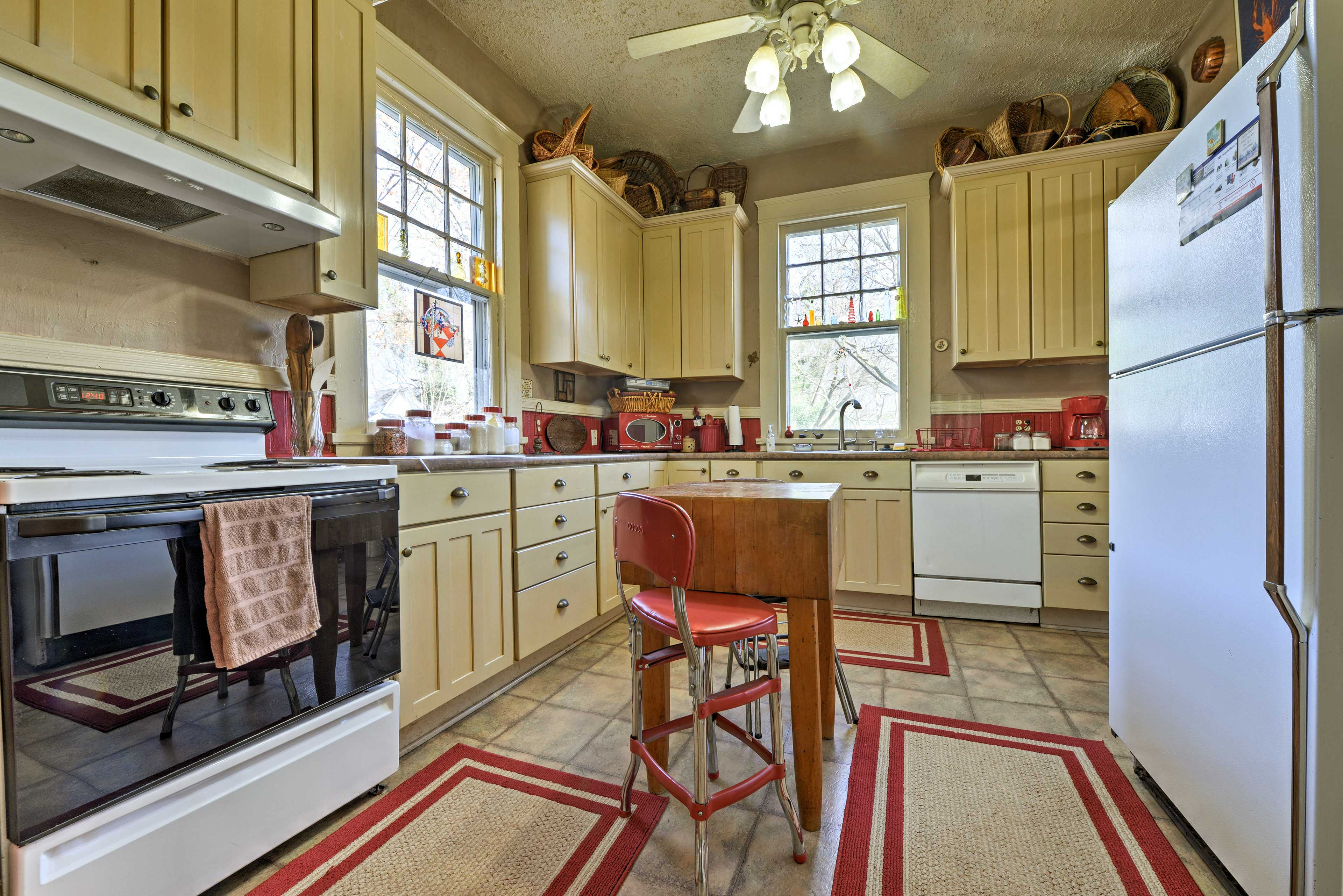 Find ample counter space in the fully equipped kitchen.