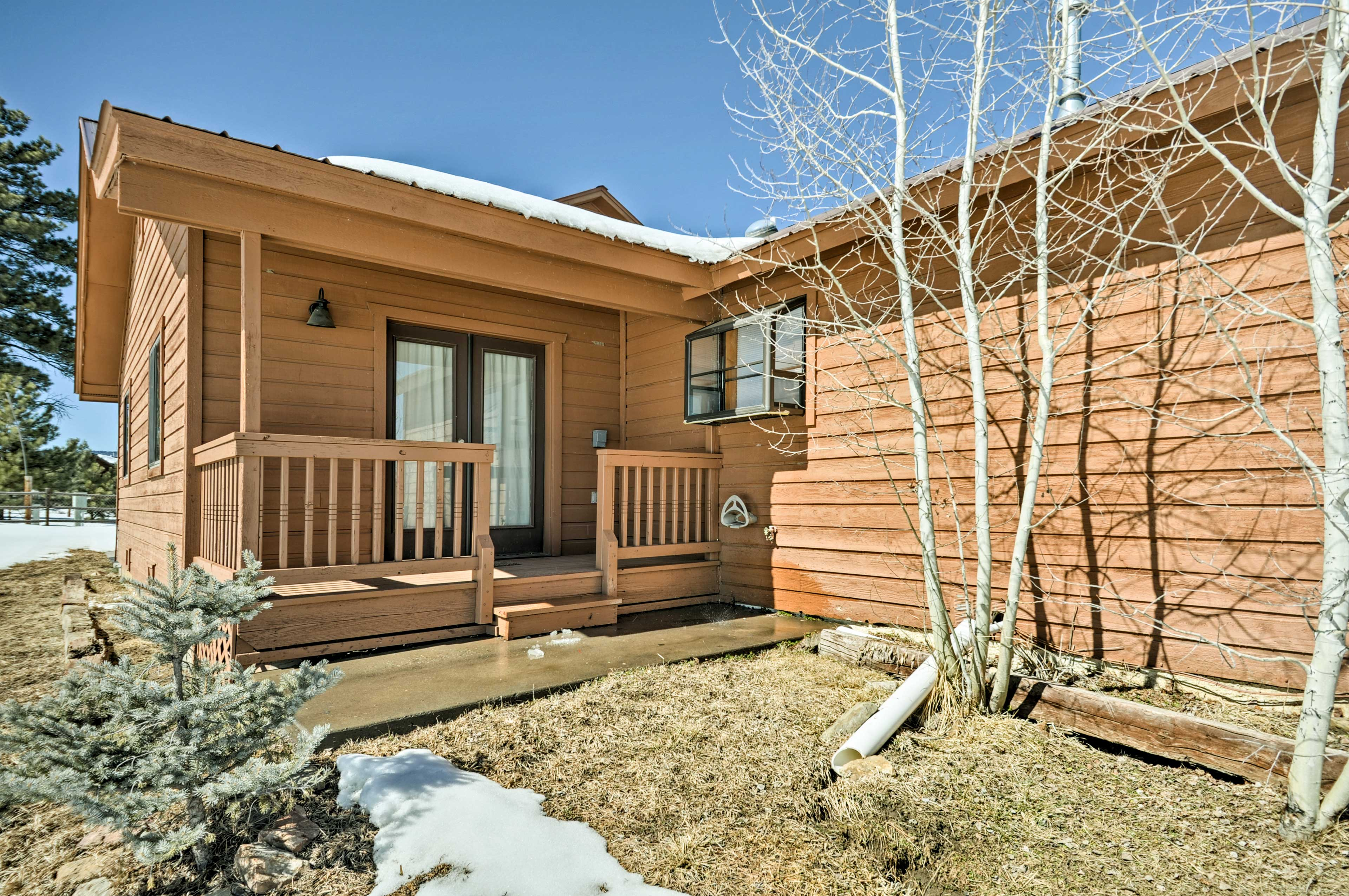 This home is walking distance to Hatcher Reservoir.