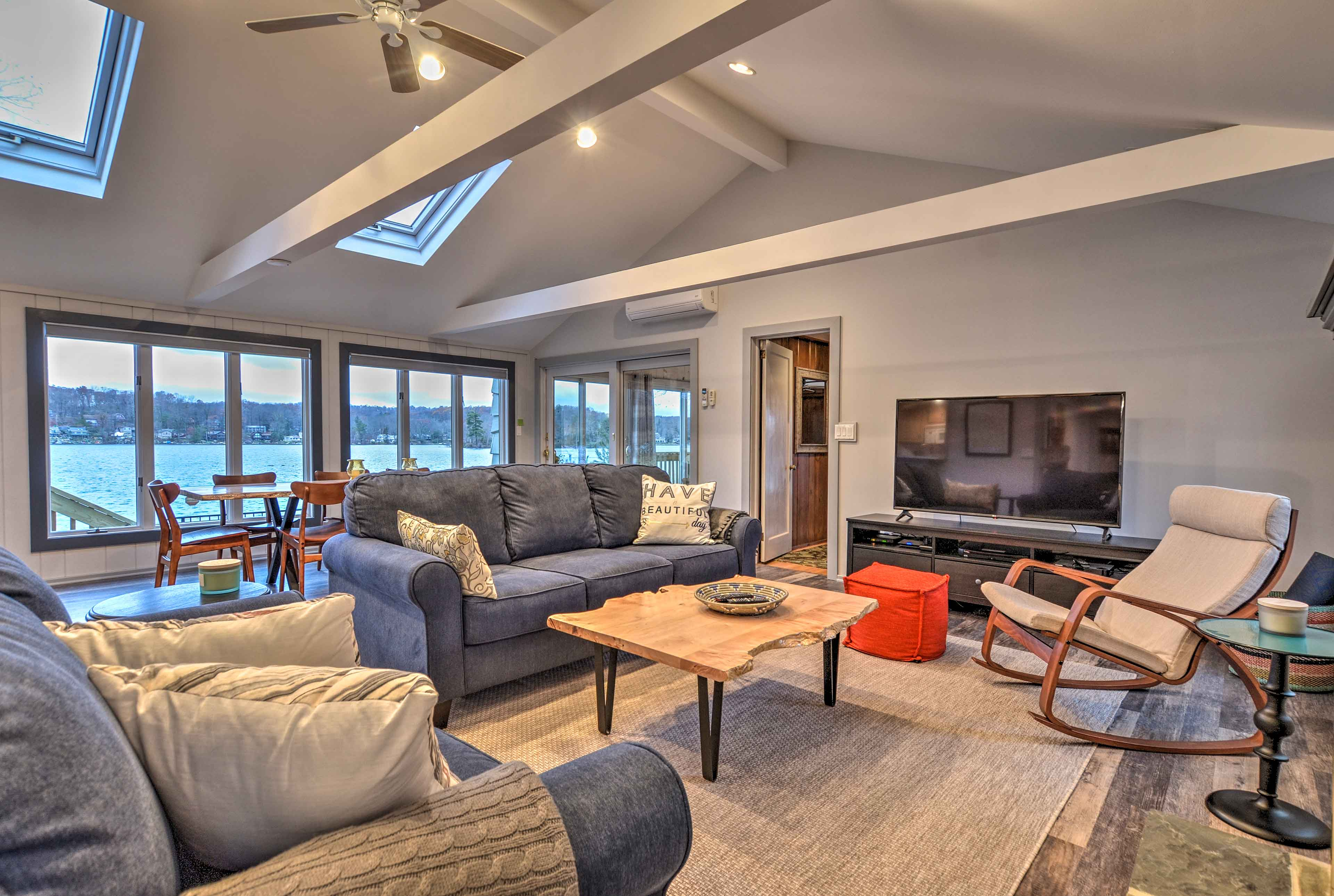 You'll have 4 bedrooms, 2.5 baths and panoramic views of the lake!