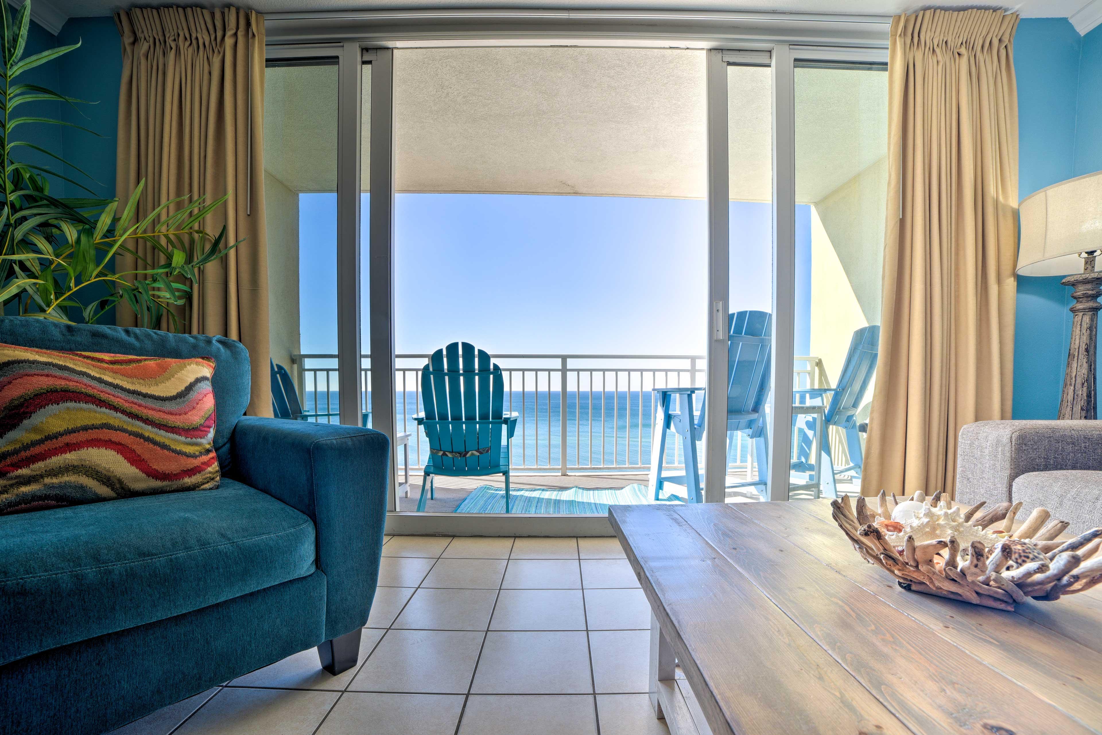 Living Room | Balcony Access