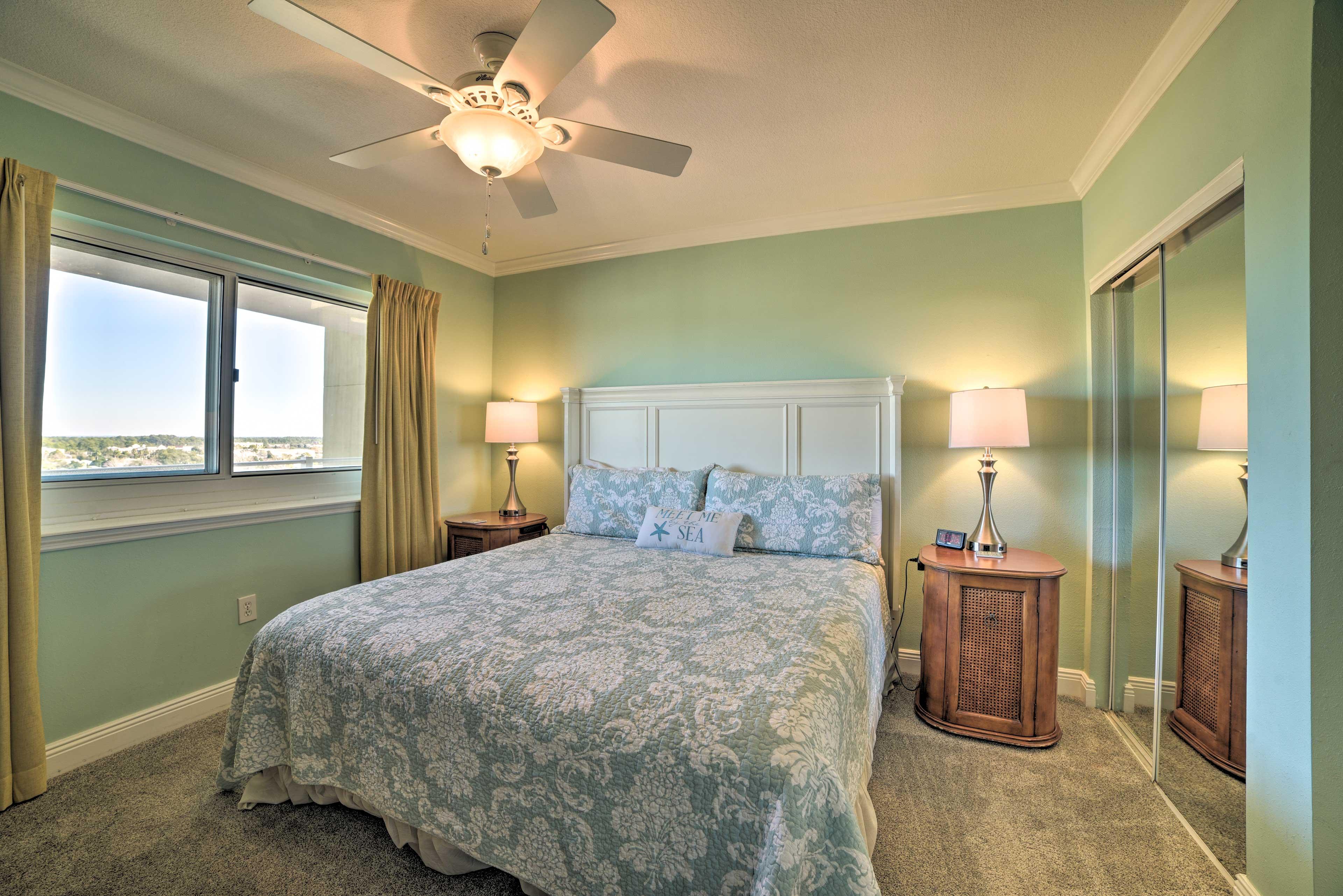 Bedroom | Linens Provided
