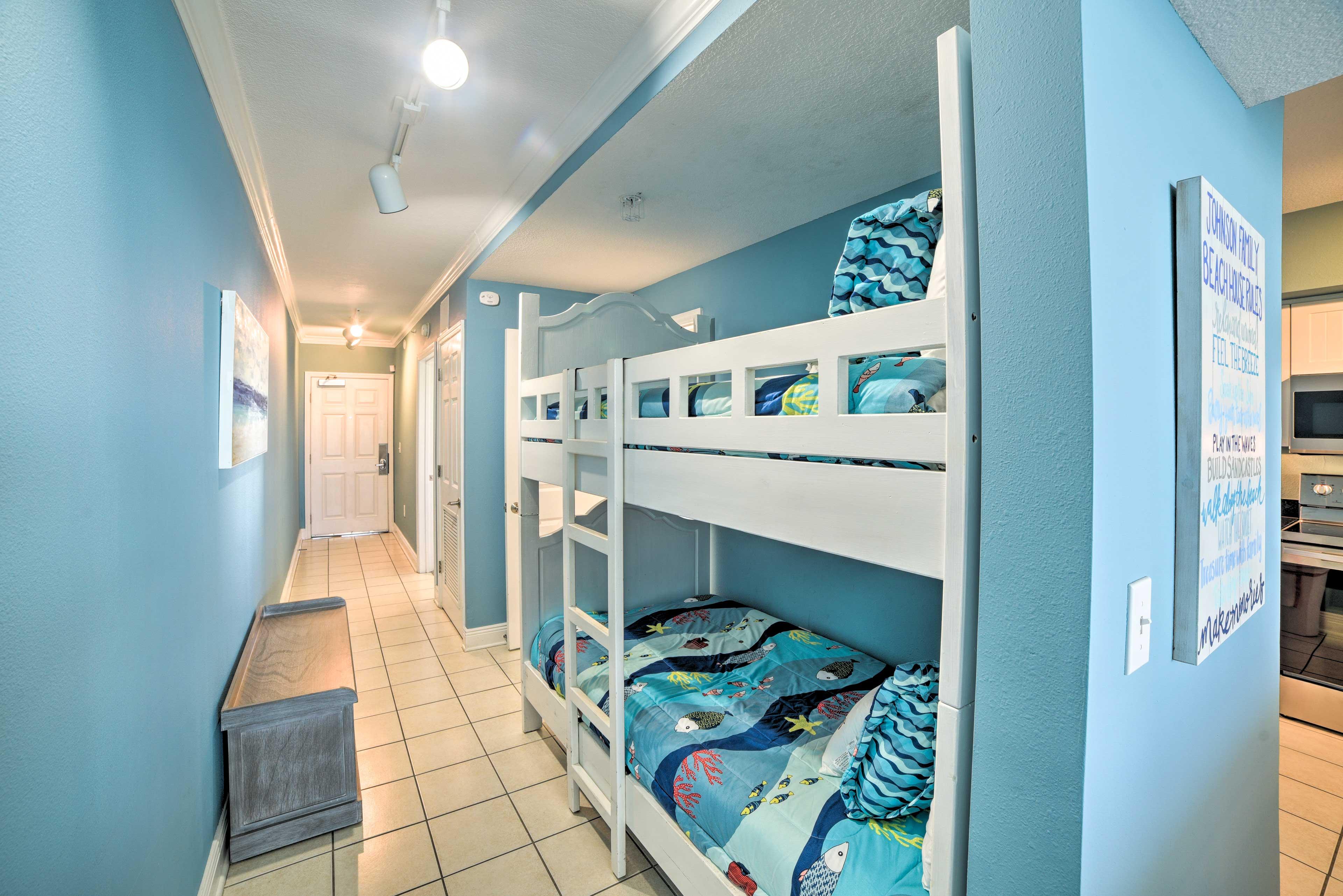 Hallway | Twin Bunk Bed
