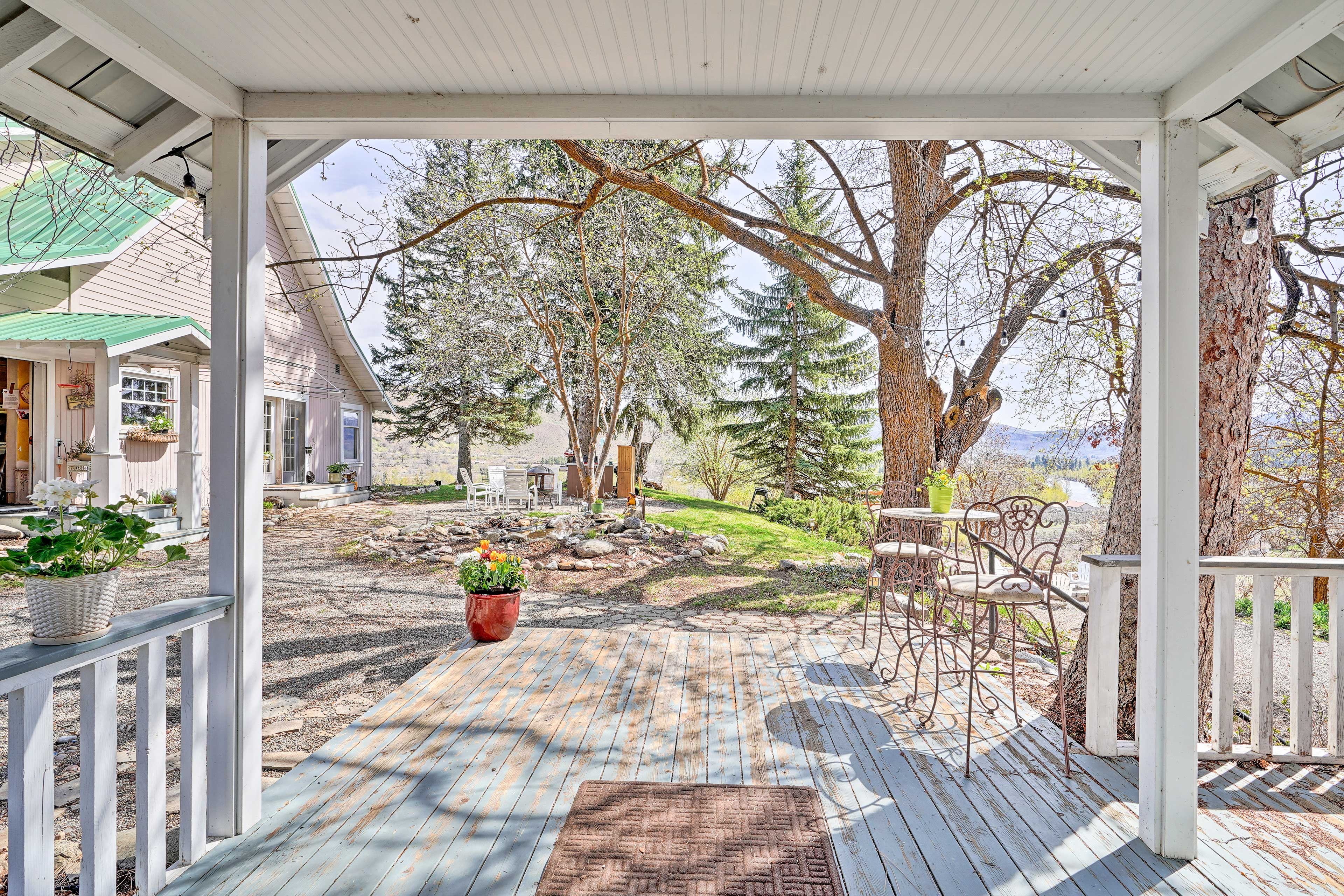 Soak in the mountain views from the porch of this 1-bedroom, 1-bath cottage.