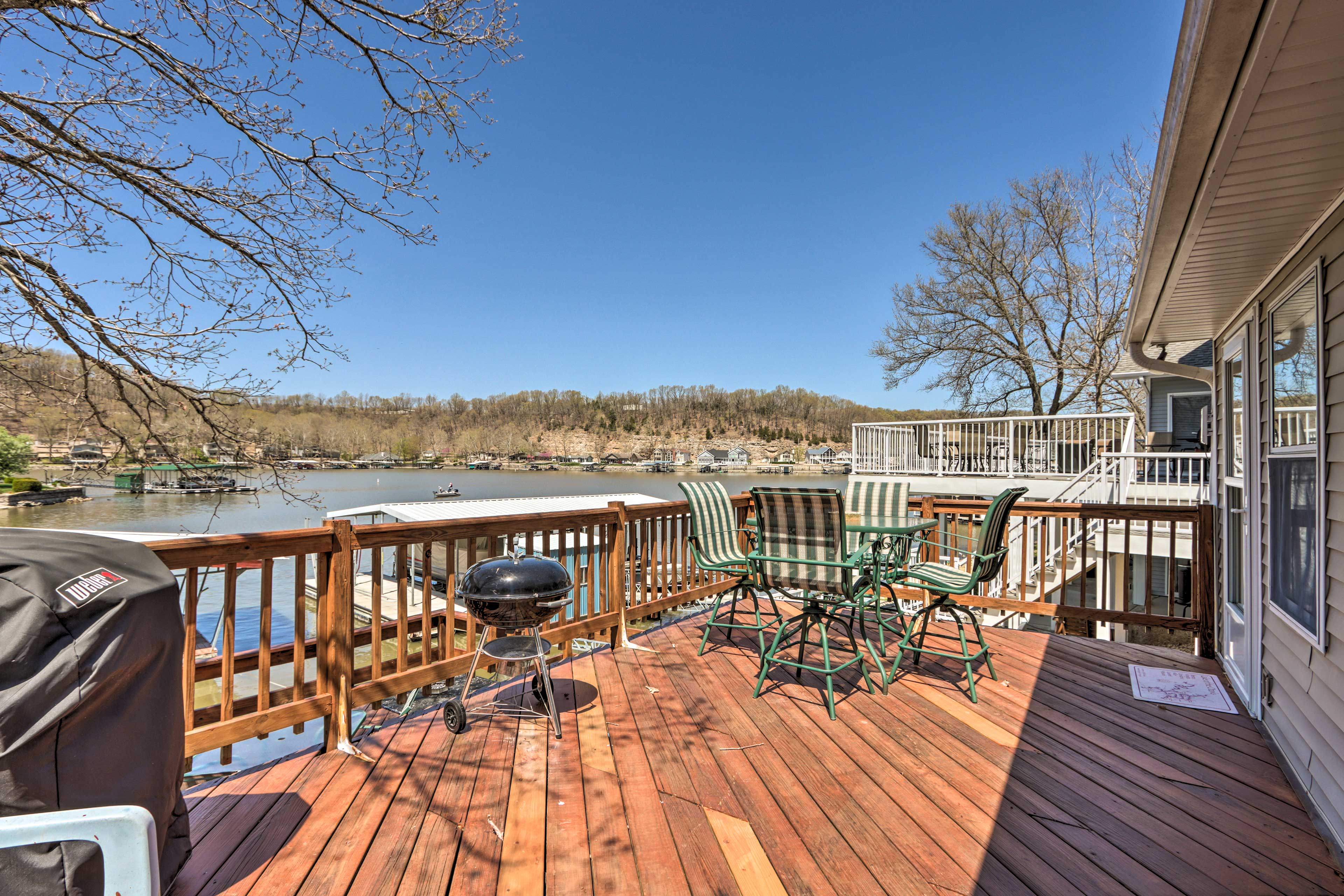 Outdoor Space | Double Deck | Ample Seating | Fire Pit