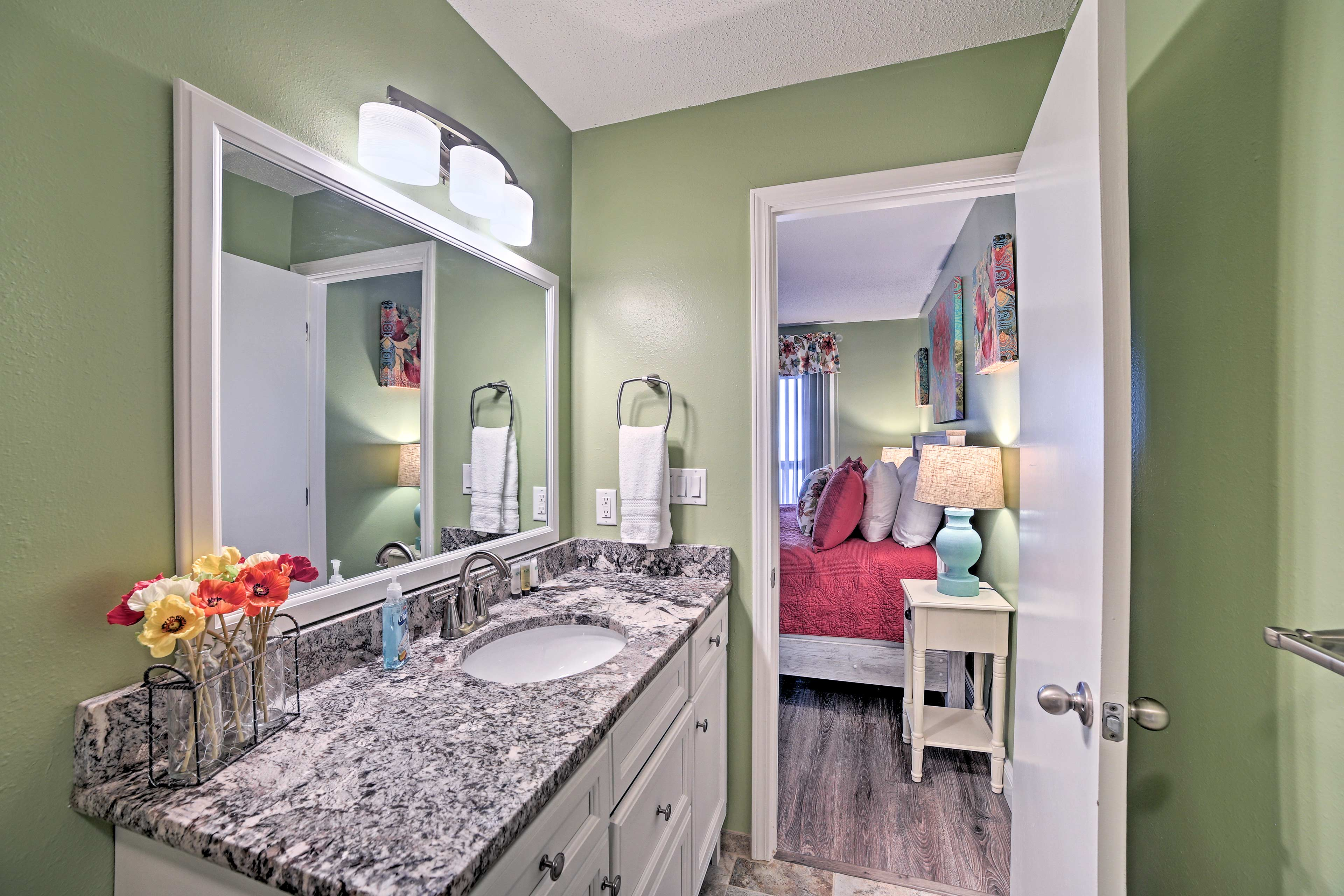 Morning routines are easy with the en-suite bathroom.