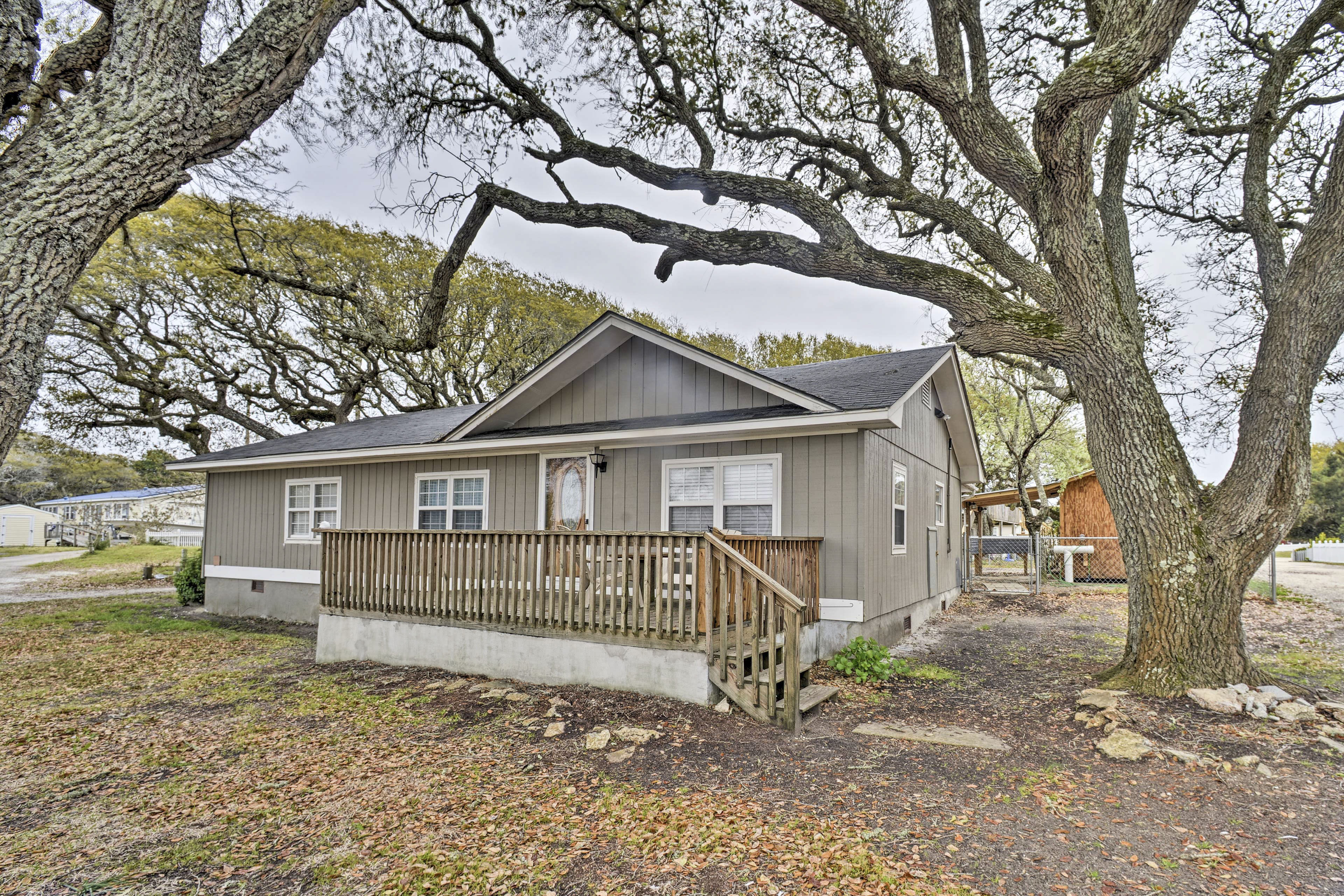 Call this cozy vacation rental house home while staying in Salter Path!