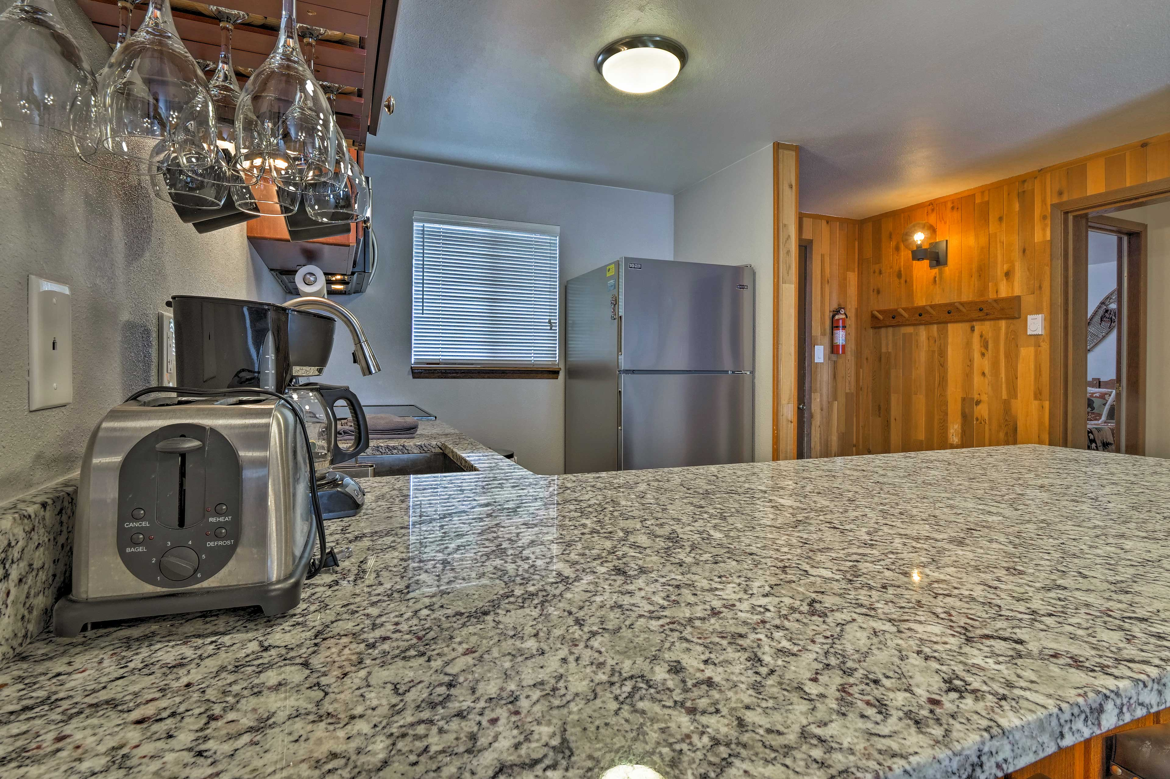 You'll love the recently remodeled kitchen!