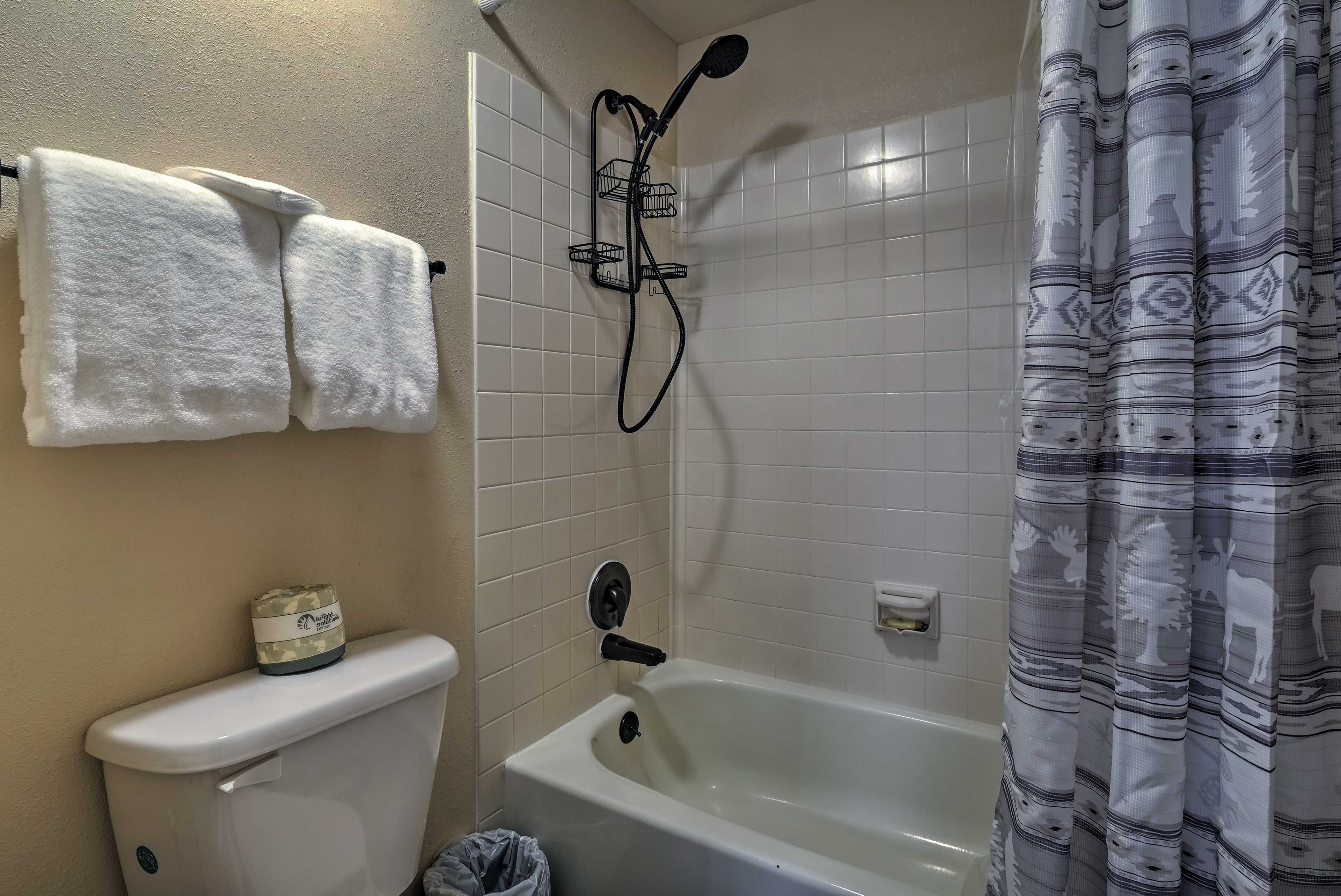 Rinse off in the shower/tub combo.