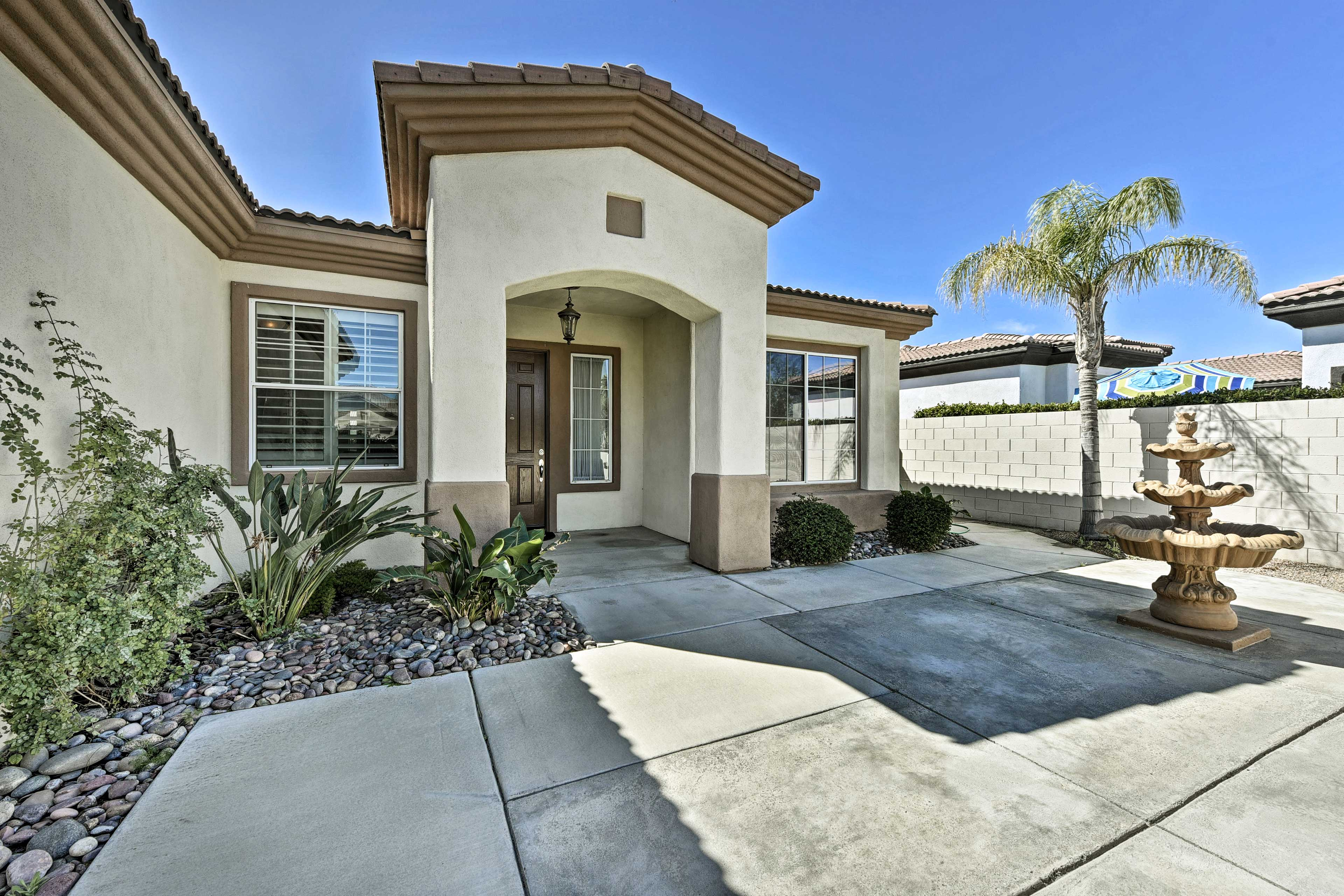 This home is just 30 minutes from Joshua Tree National Park!