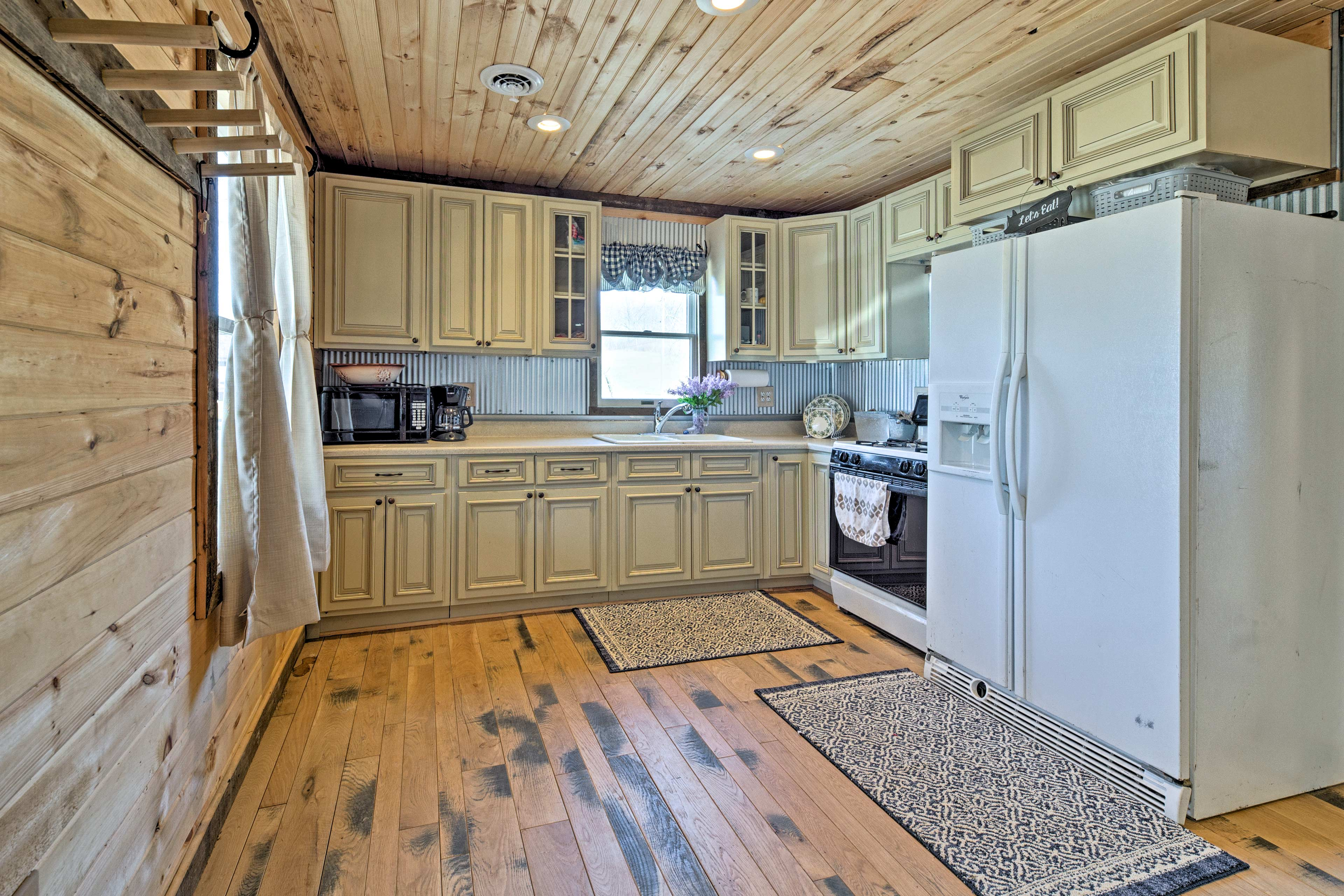 Whip up a delicious home-cooked meal in the fully equipped kitchen!
