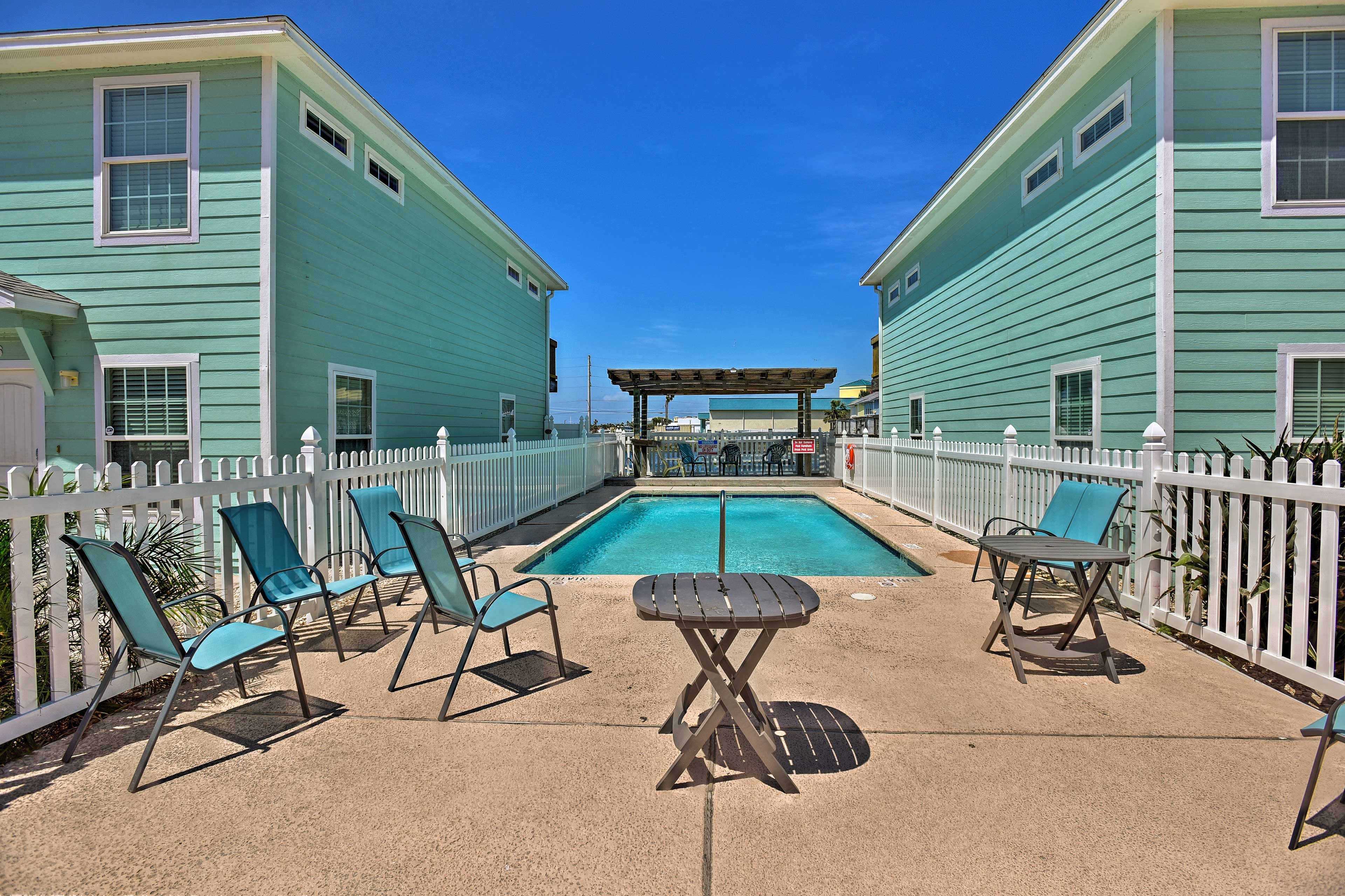 Soak up the sun and splash in the pool while in Port Aransas on Mustang Island!