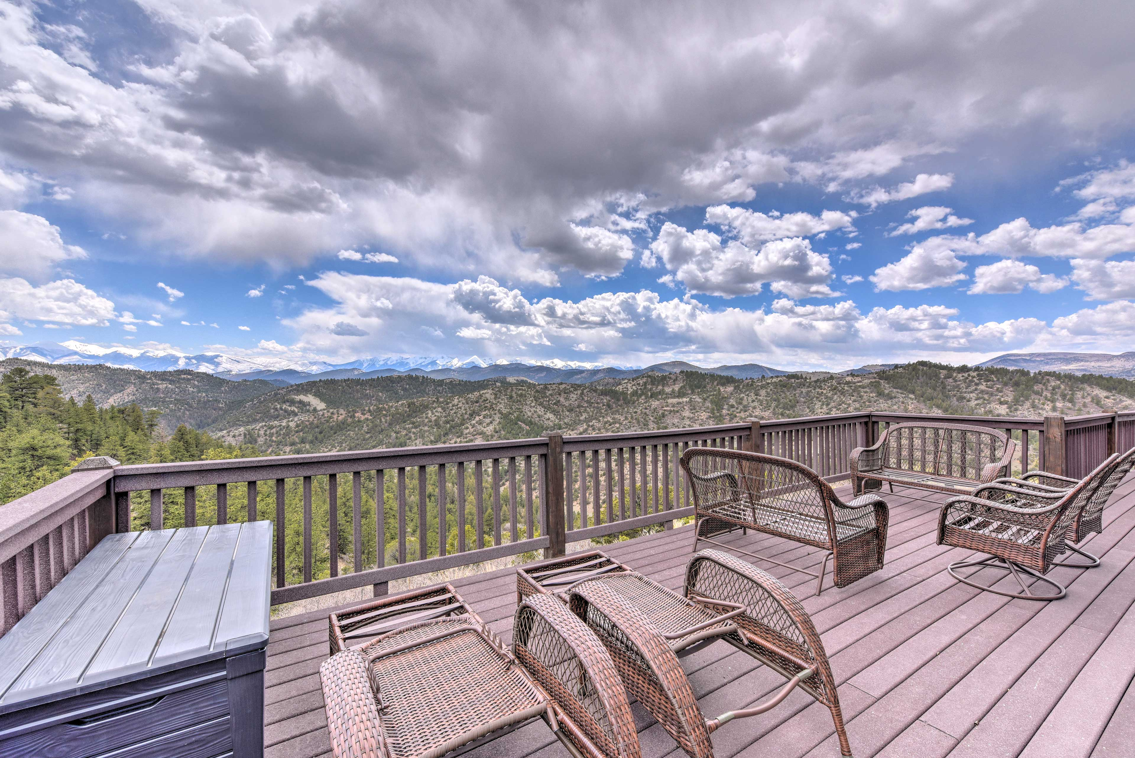 These dazzling mountain views can be seen from every room!