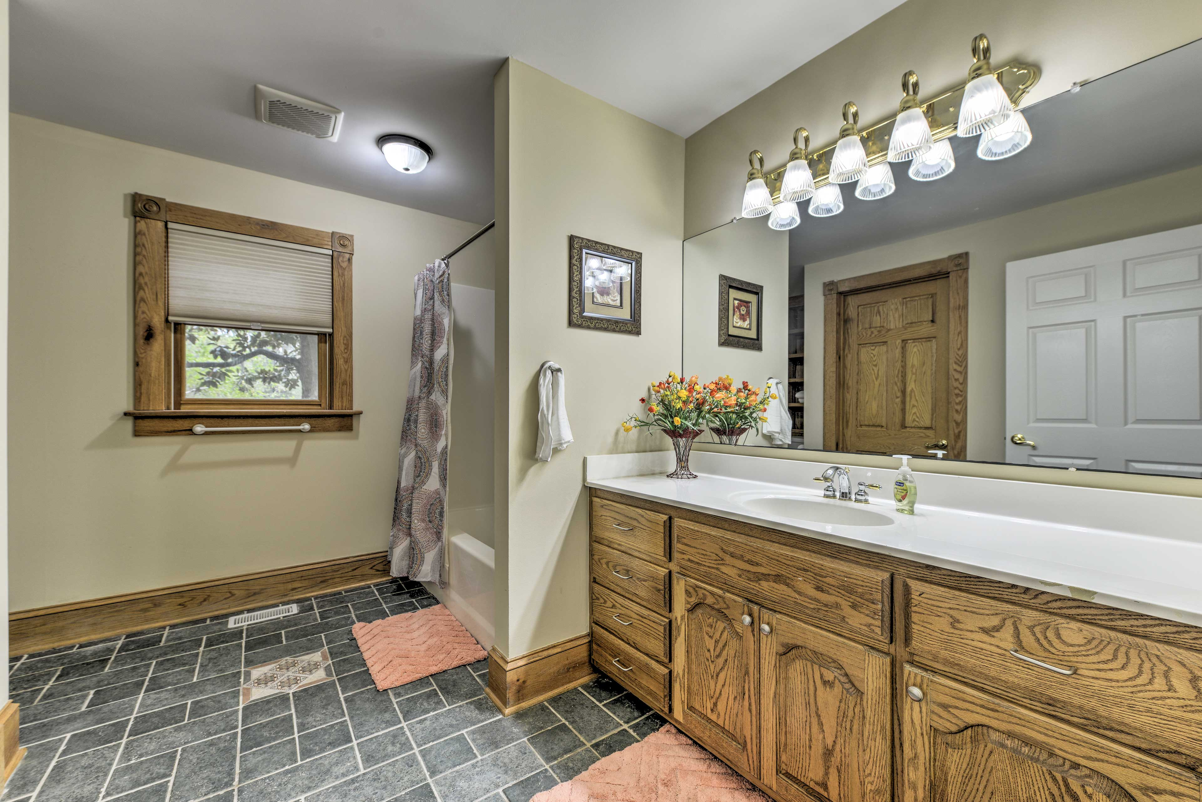 The home offers 3.5 bathrooms for you to use.