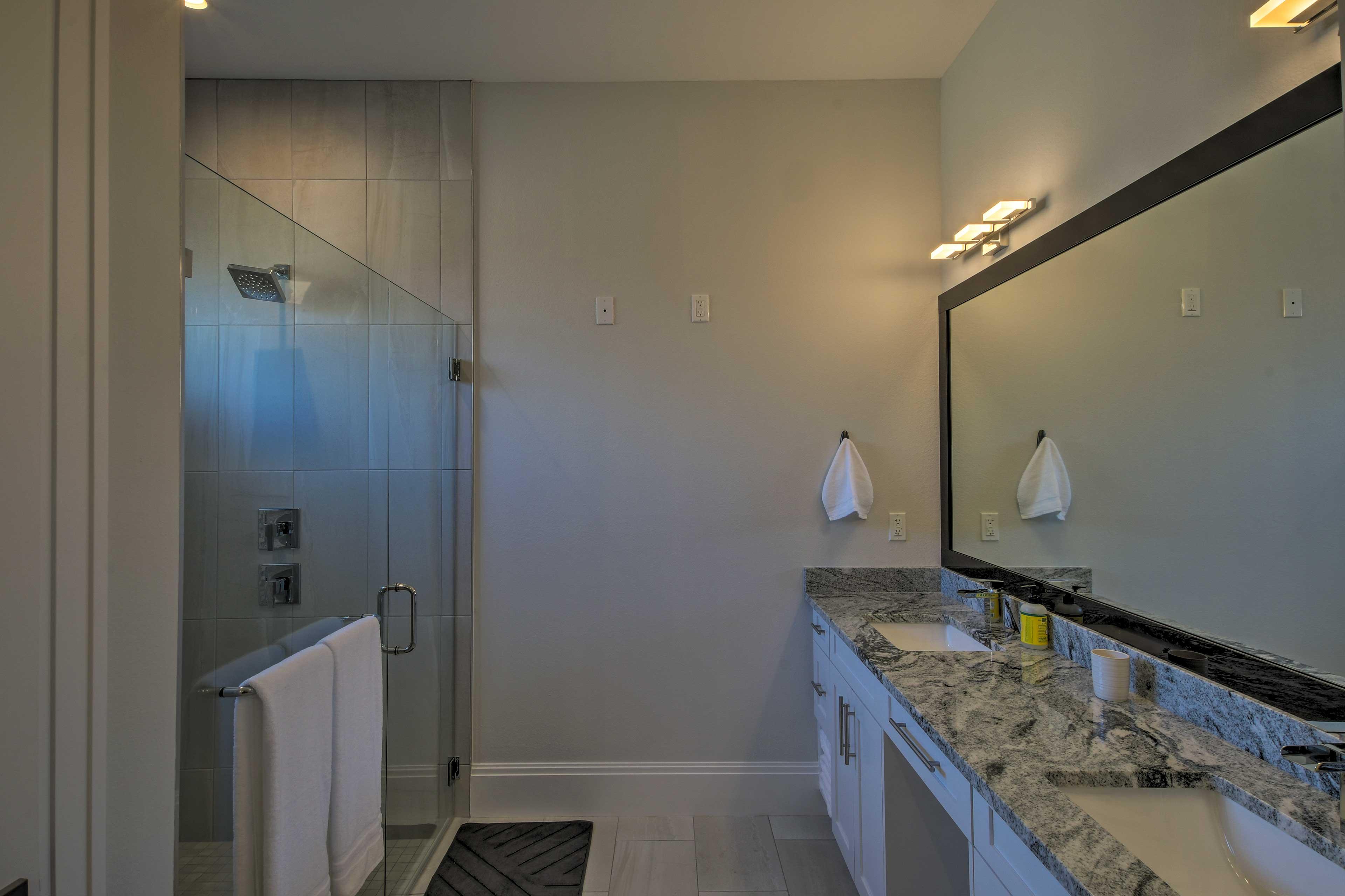 Rinse off in the pristine en-suite bathroom.