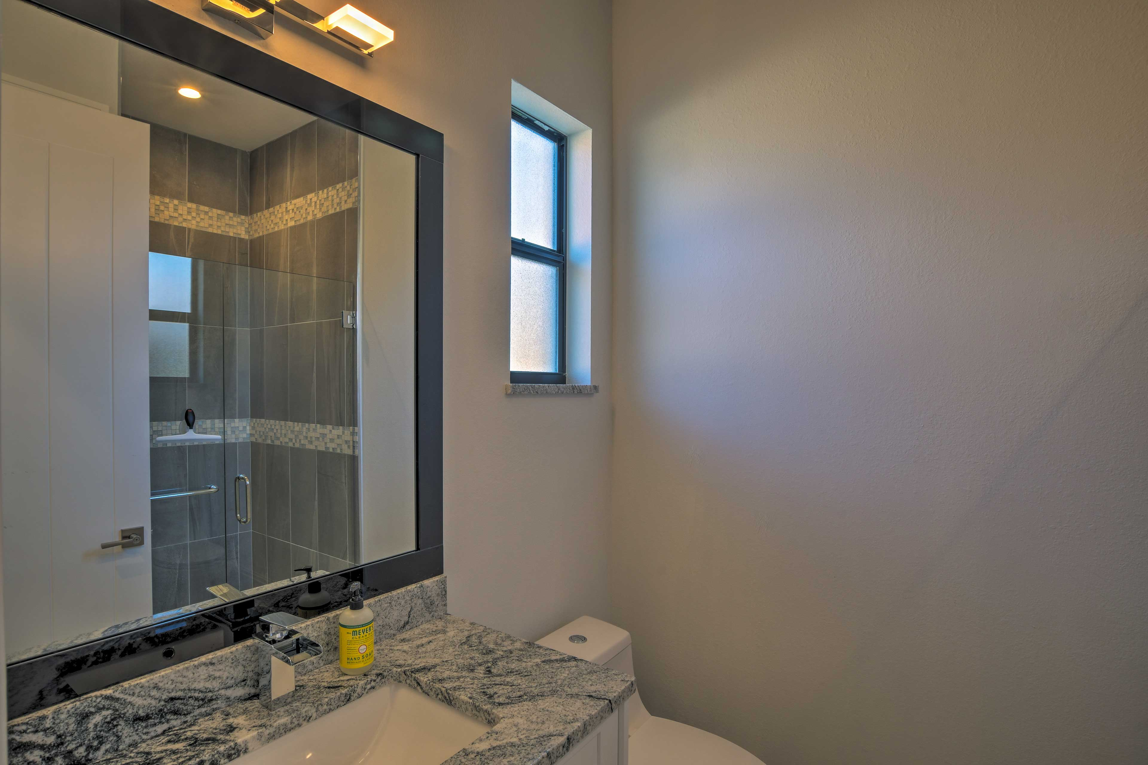 With 4 bathrooms, the whole group will have no trouble getting ready each day.