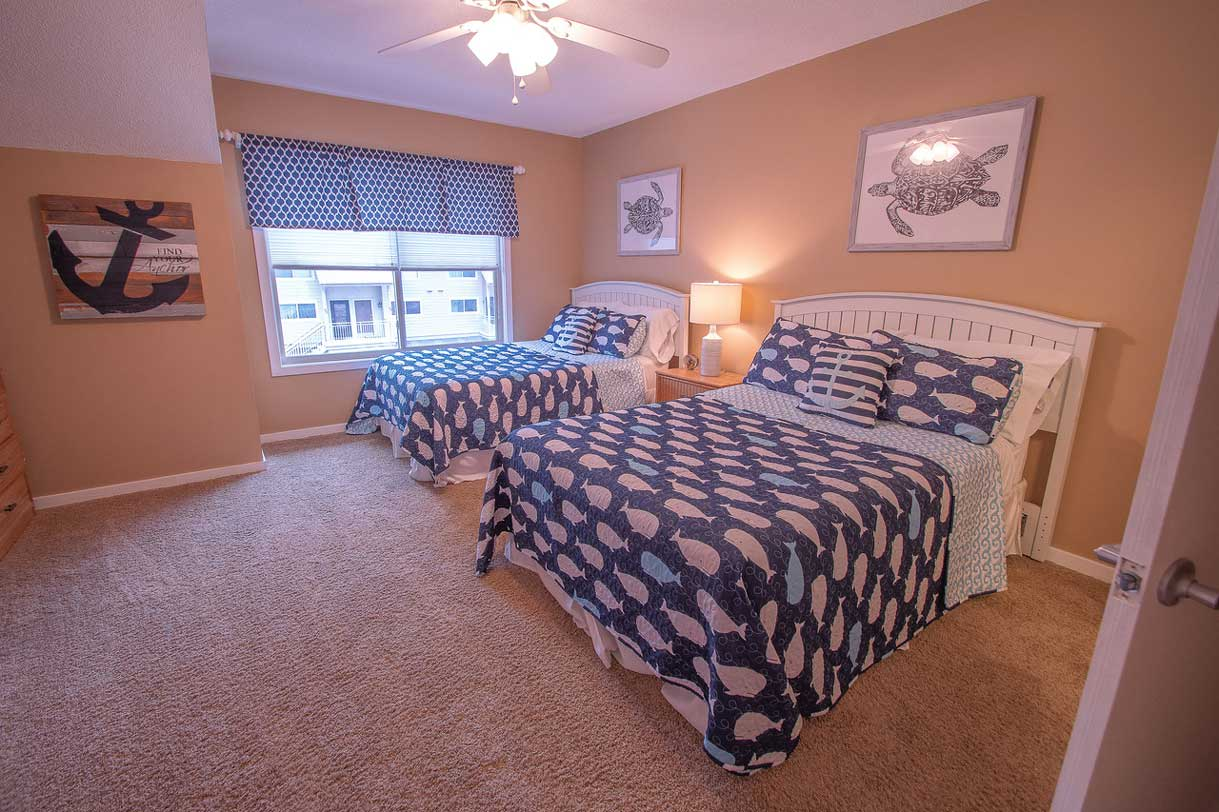 Bedroom 2   2 Full Beds   Linens Provided   2nd Floor