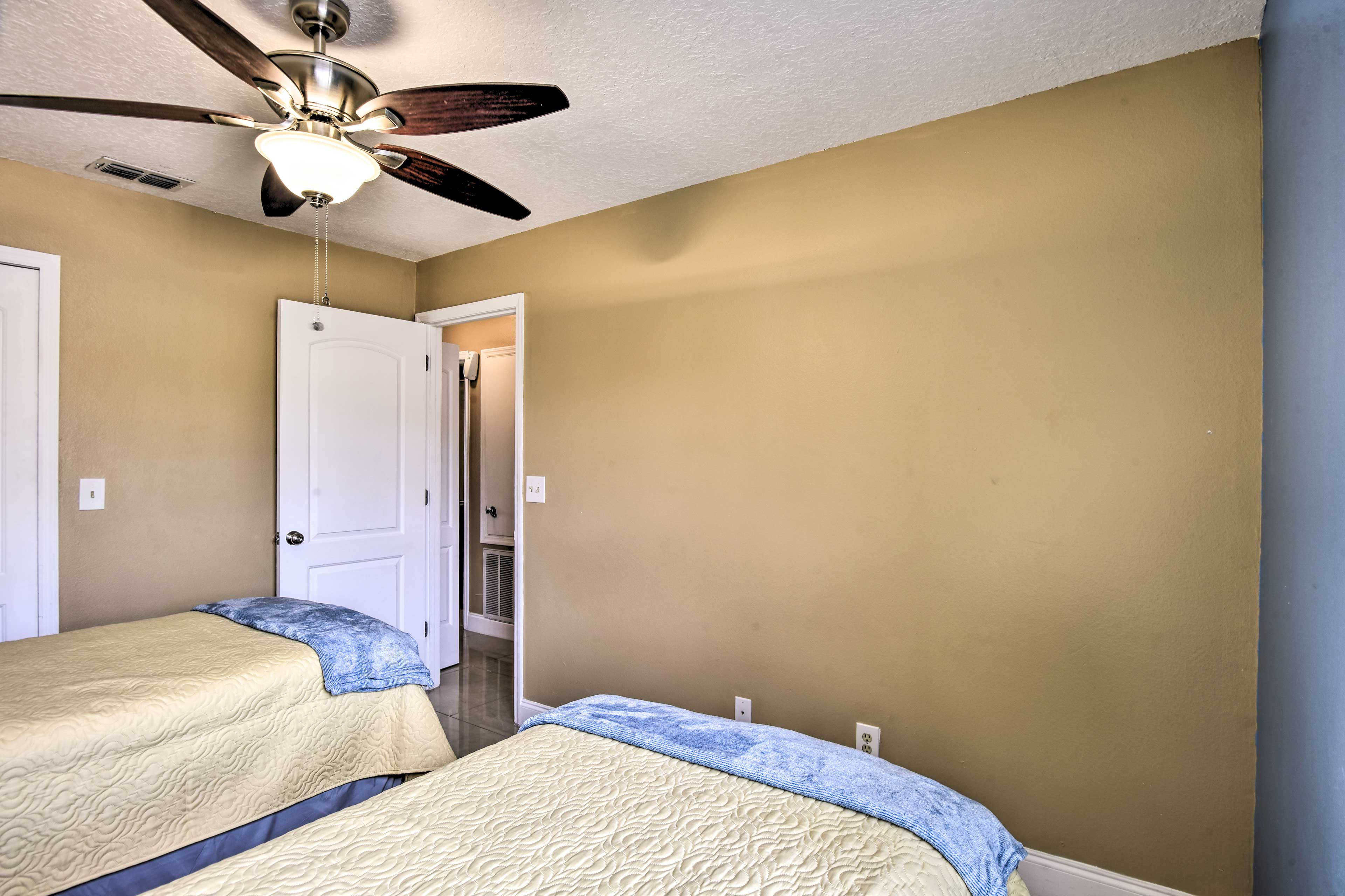 Two twin beds comfortably sleep 2 guests.