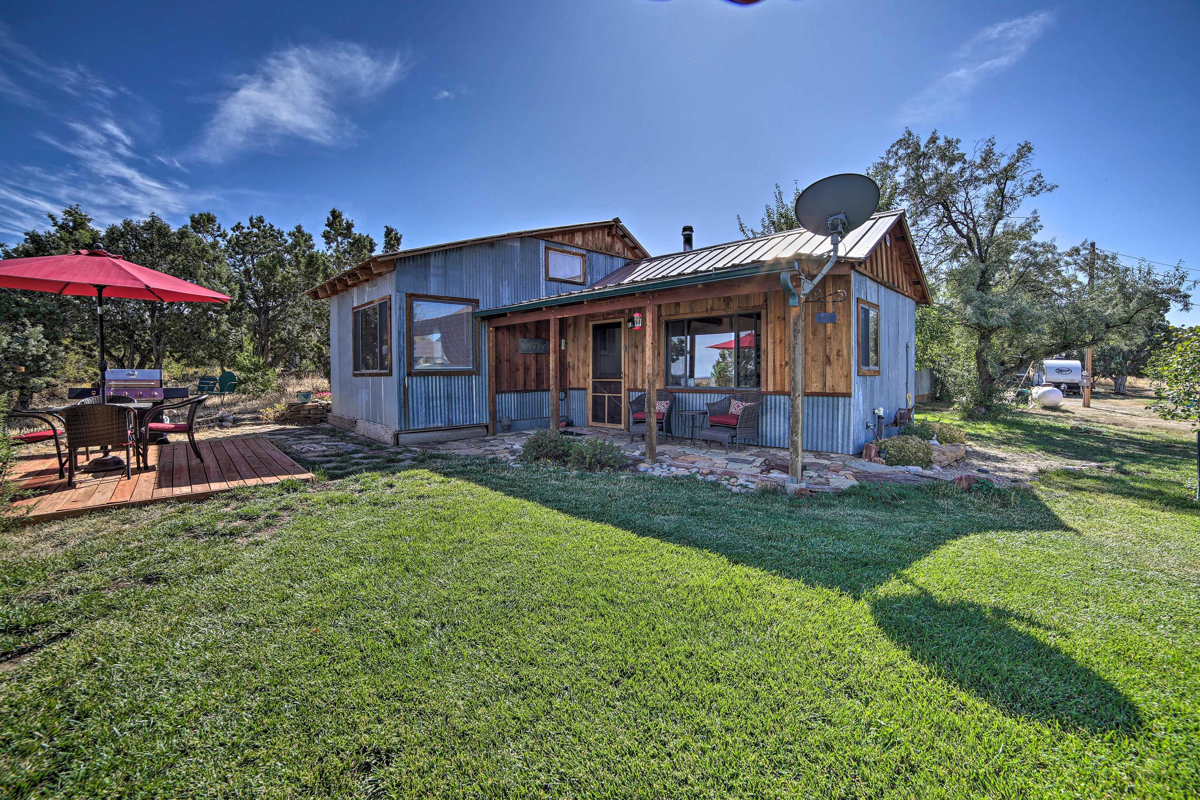 Unwind in this 1-bedroom, 1-bathroom vacation rental cabin in Dolores.