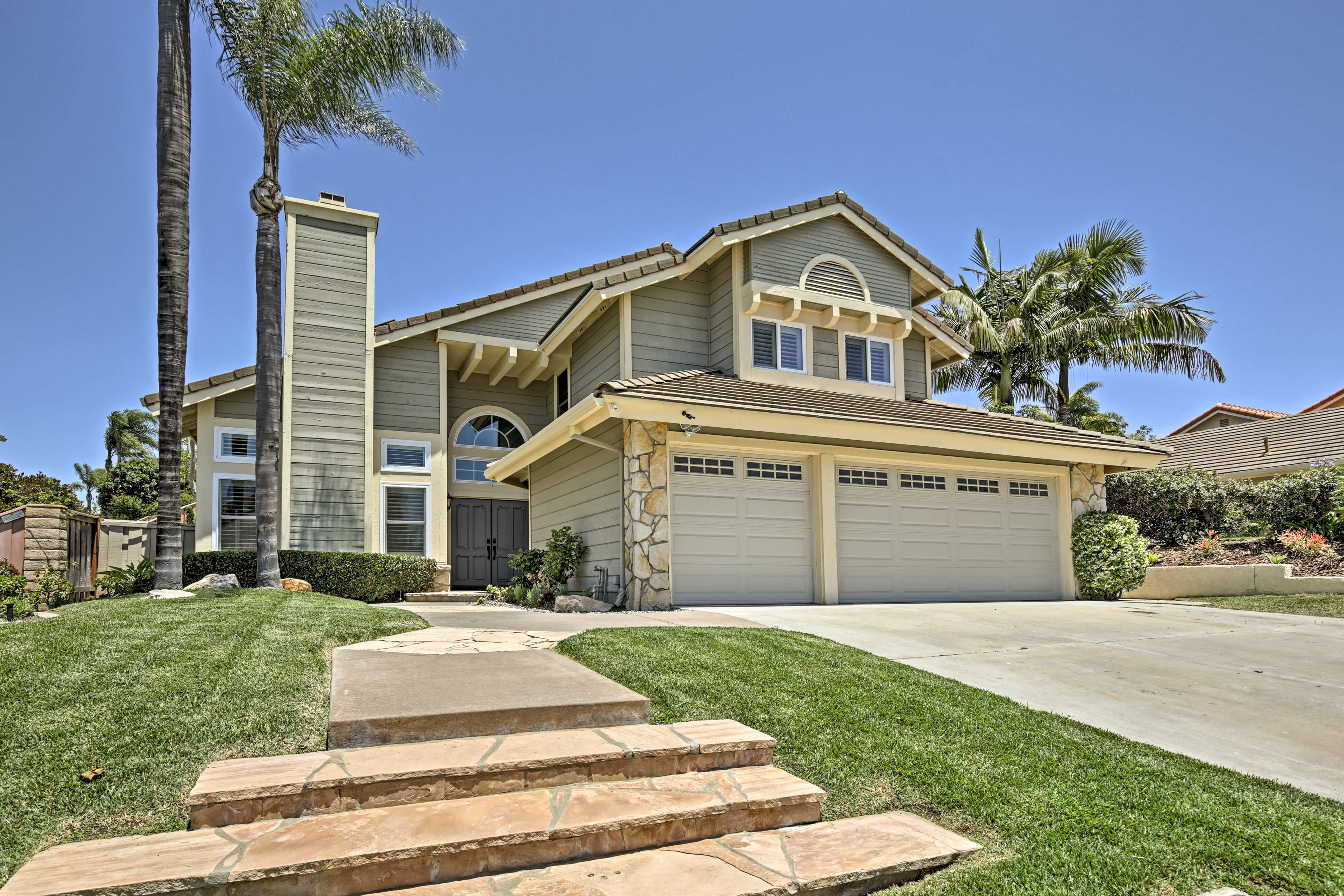 This lovely San Diego abode sleeps 10 just 10 minutes from Del Mar Beach!