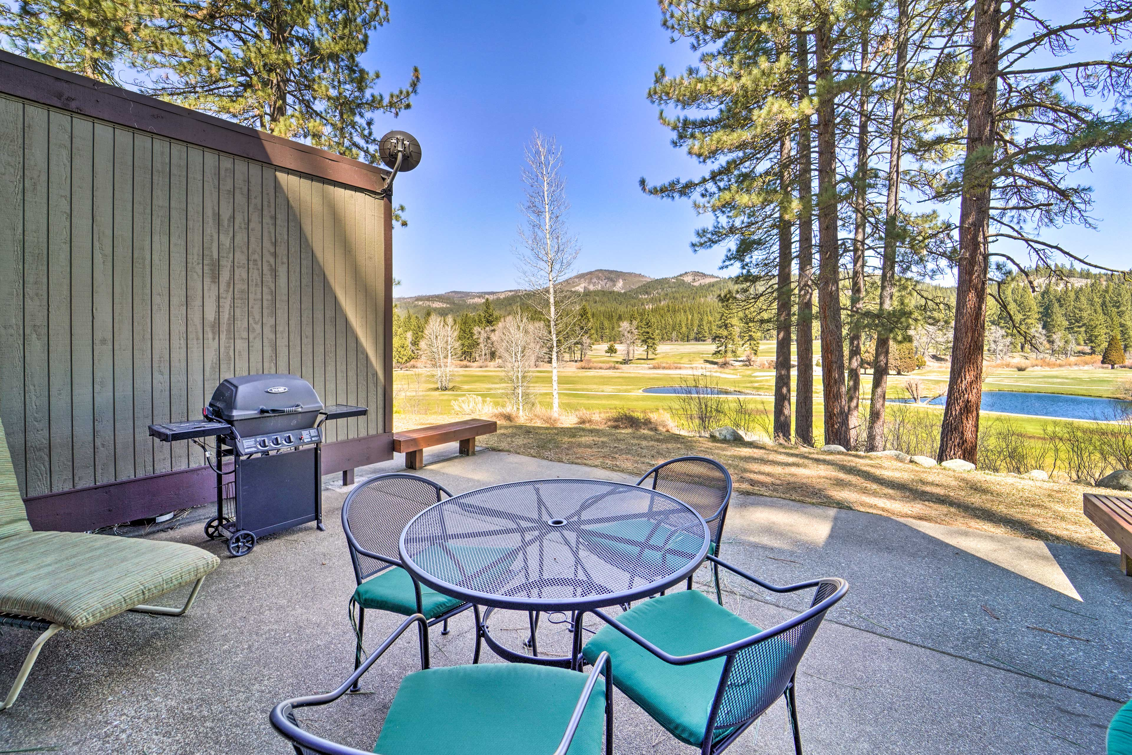 Graeagle Vacation Rental   4BR   2.5BA   1,500 Sq Ft   1 Story Home