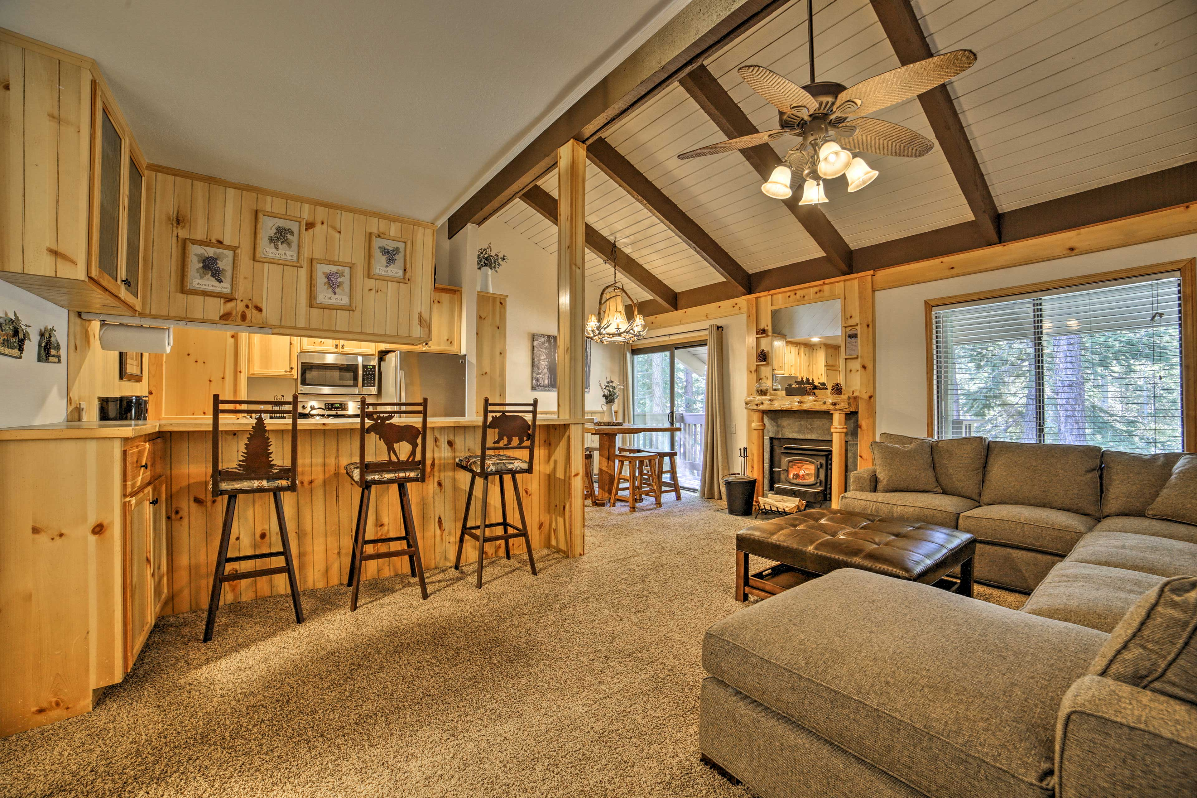 This 1-bedroom, 2-bathroom home is the perfect mountain getaway.