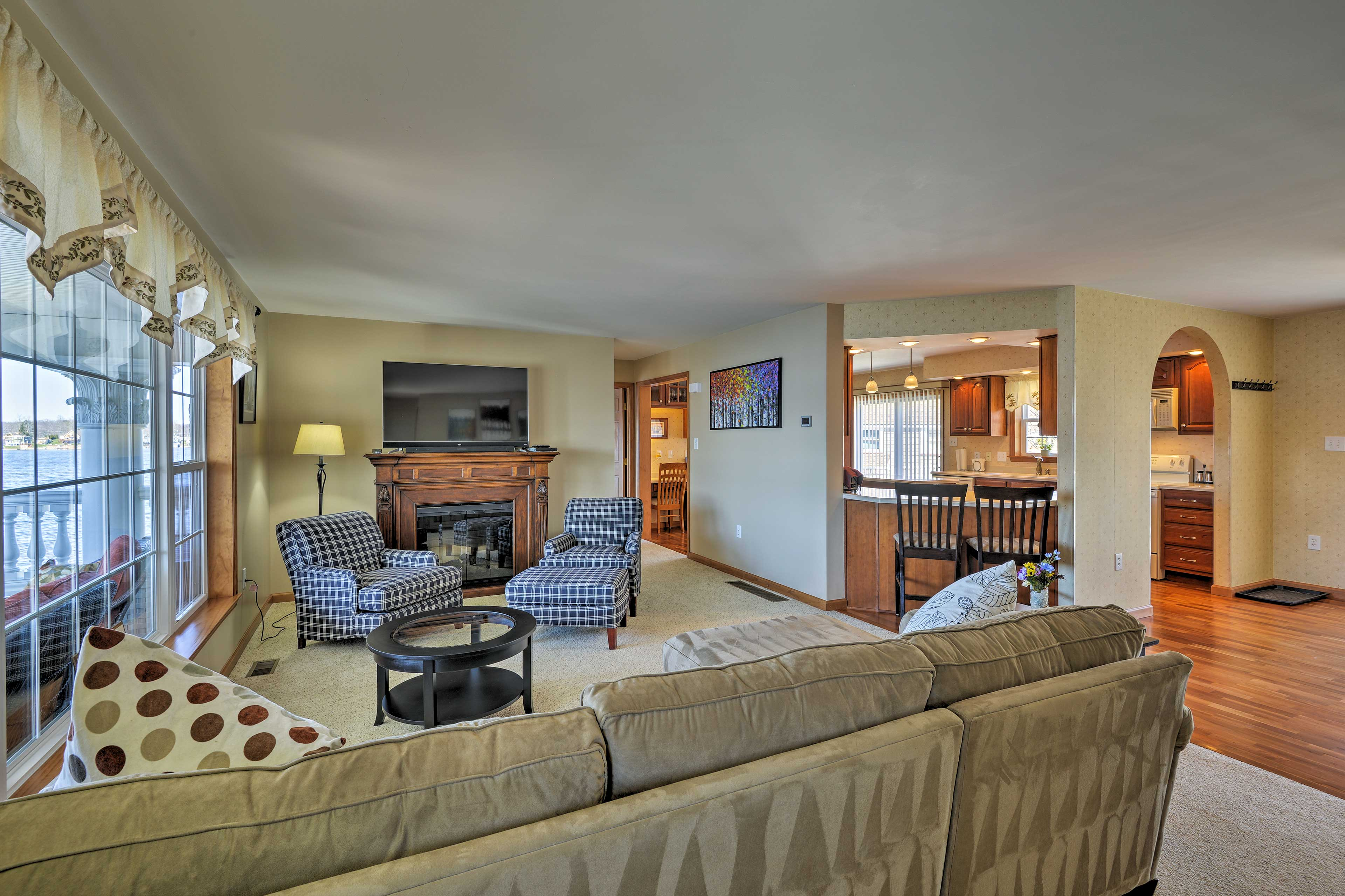 The open living space is perfect for conversing with loved ones.