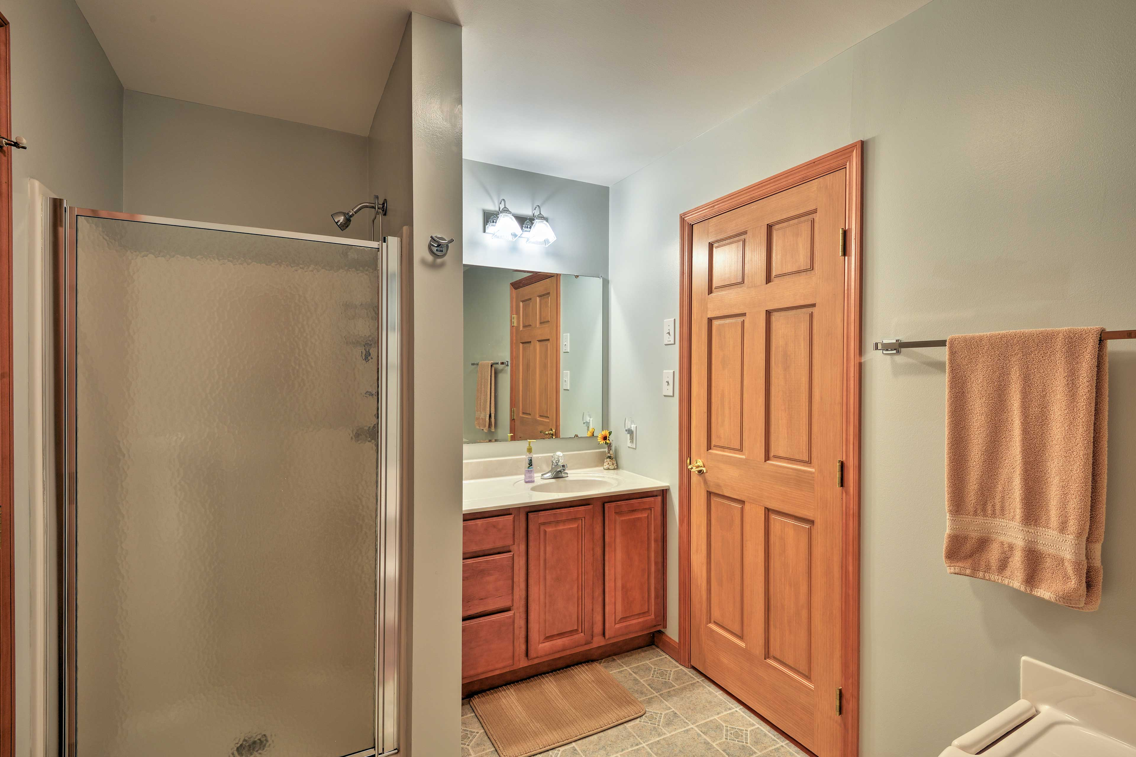 Rinse up before bed in the walk-in shower in the en-suite.