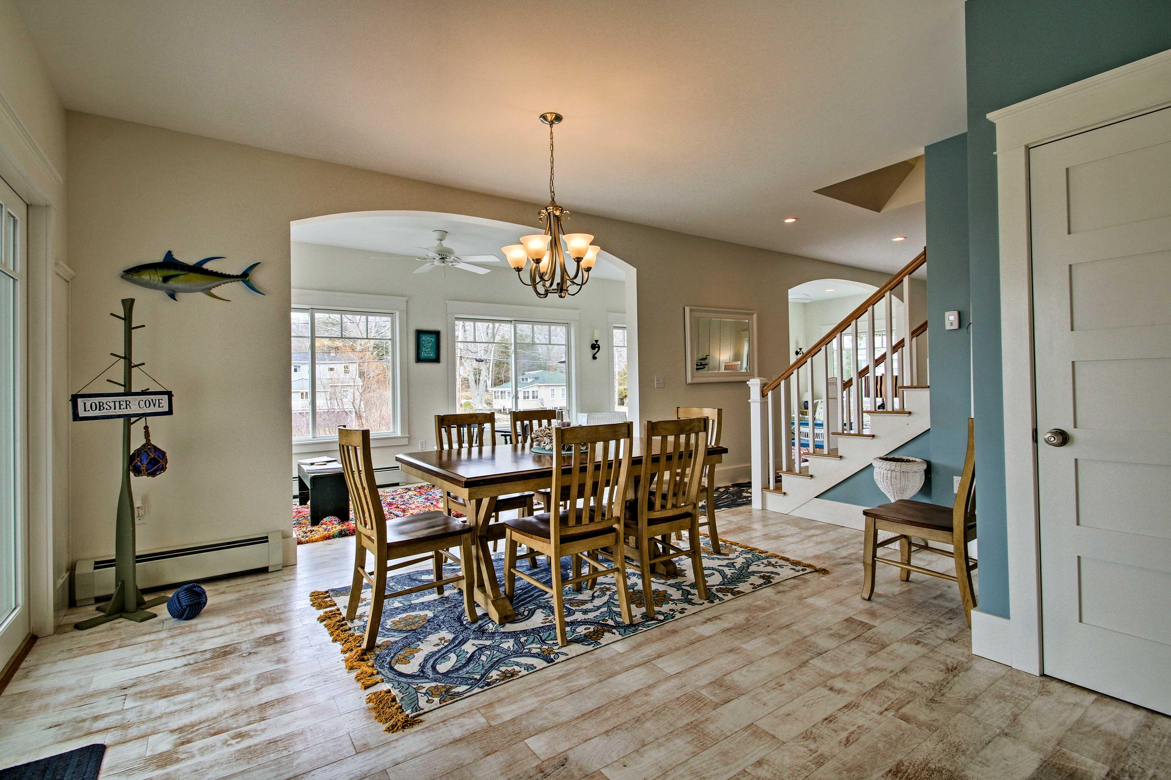 Nautical decor adorns each room of the home!