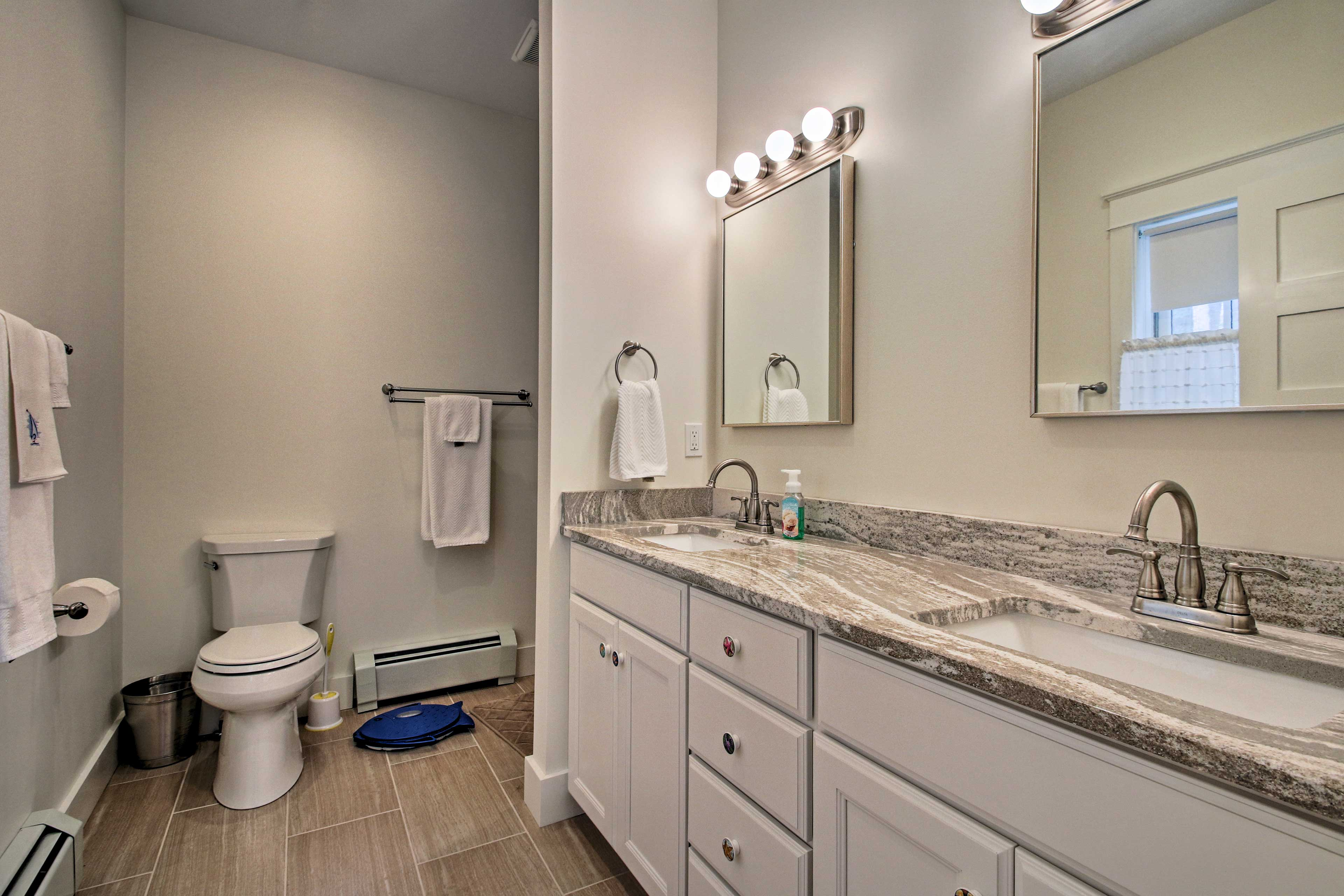 Get ready each morning at the lengthy double vanity!